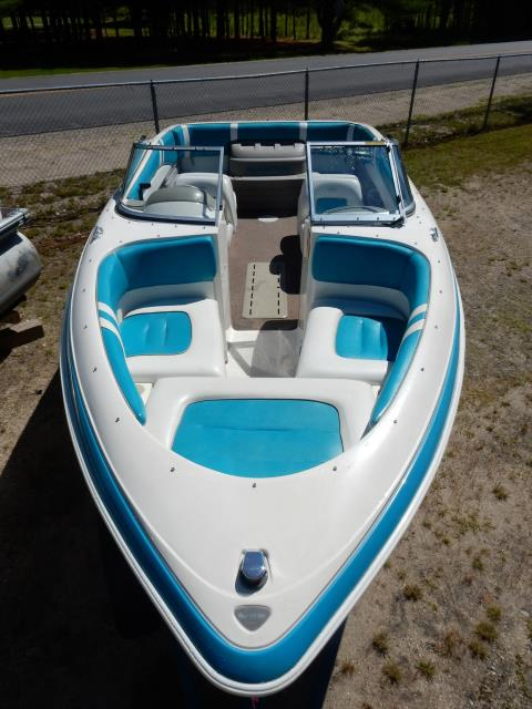 1994 Glastron 215 Elite in Center Ossipee, New Hampshire