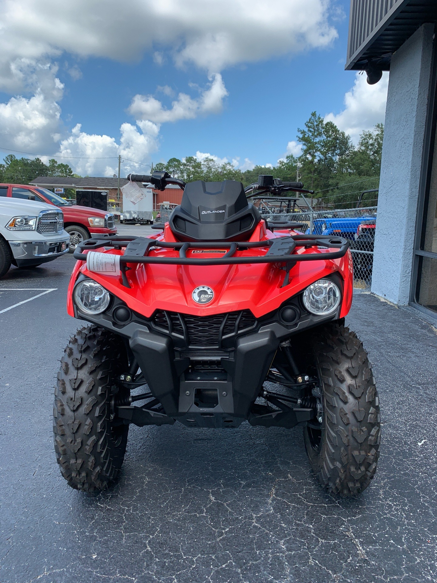 2019 Can-Am Outlander 570 in Jesup, Georgia - Photo 2