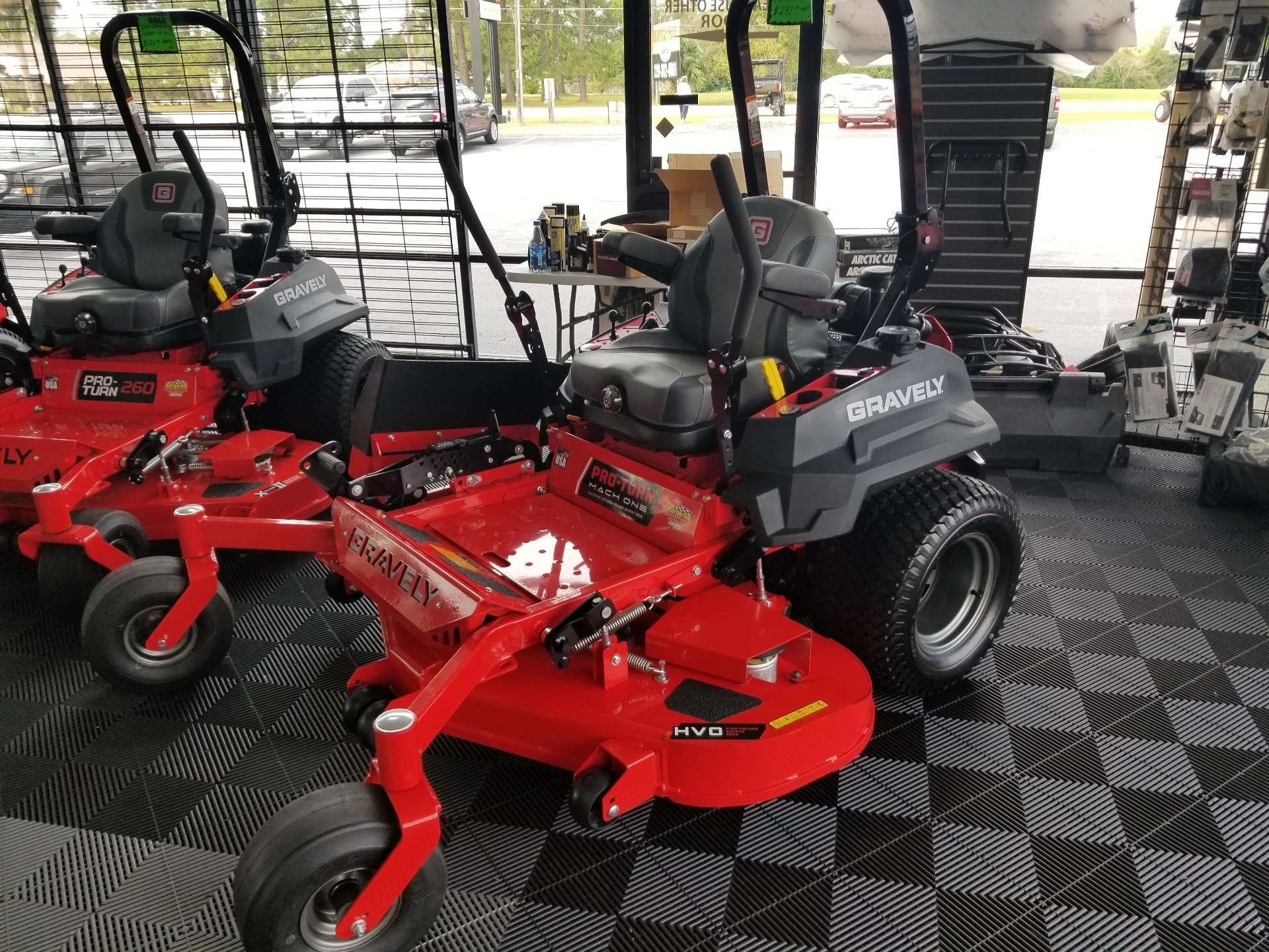 2020 Gravely USA Pro-Turn Mach One 60 in. Kawasaki FX921V 31 hp in Jesup, Georgia - Photo 2