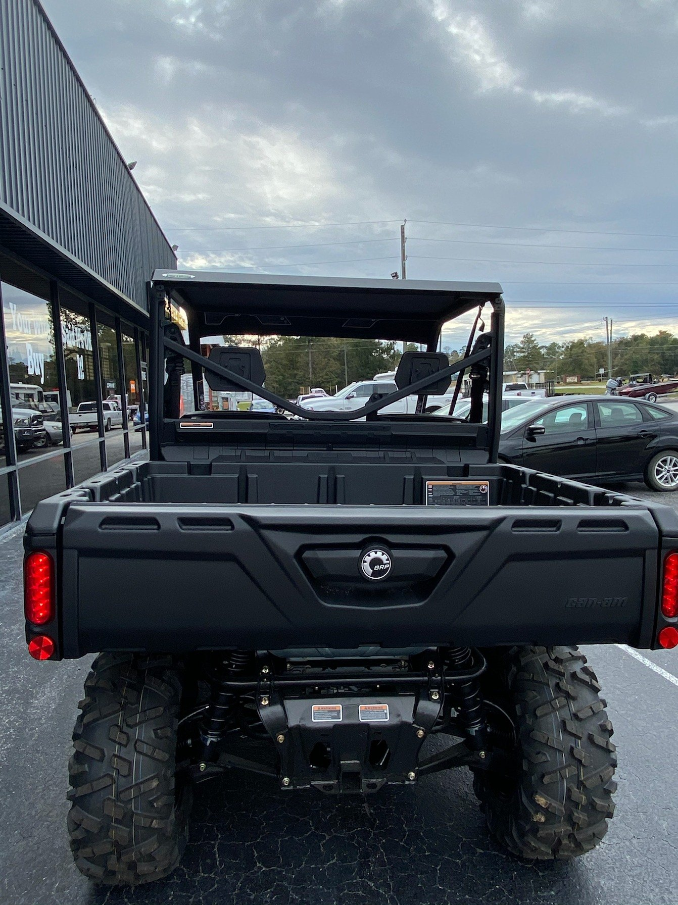 2019 Can-Am™ Defender DPS HD8 5