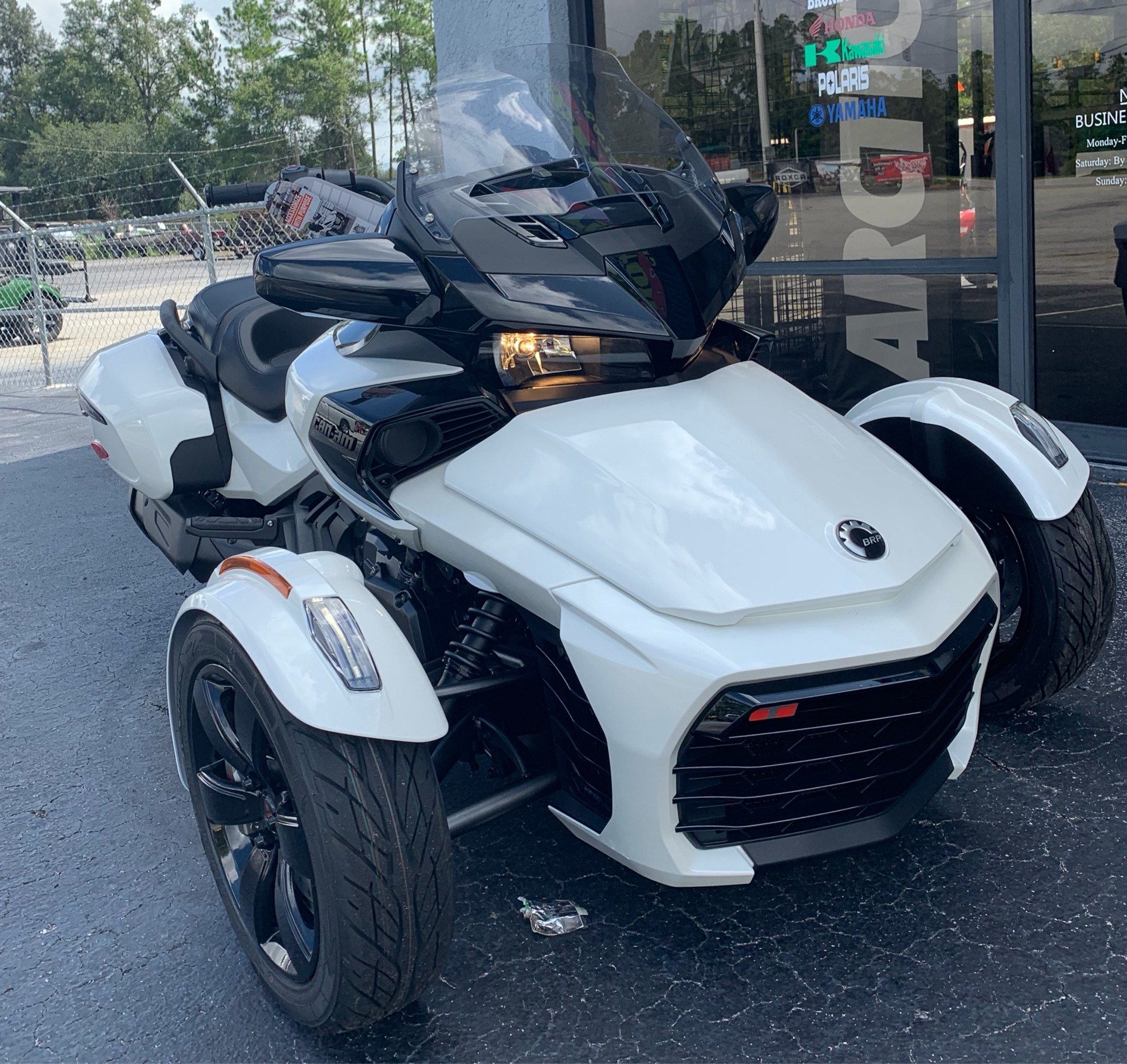 2019 Can-Am Spyder F3-T in Jesup, Georgia - Photo 2