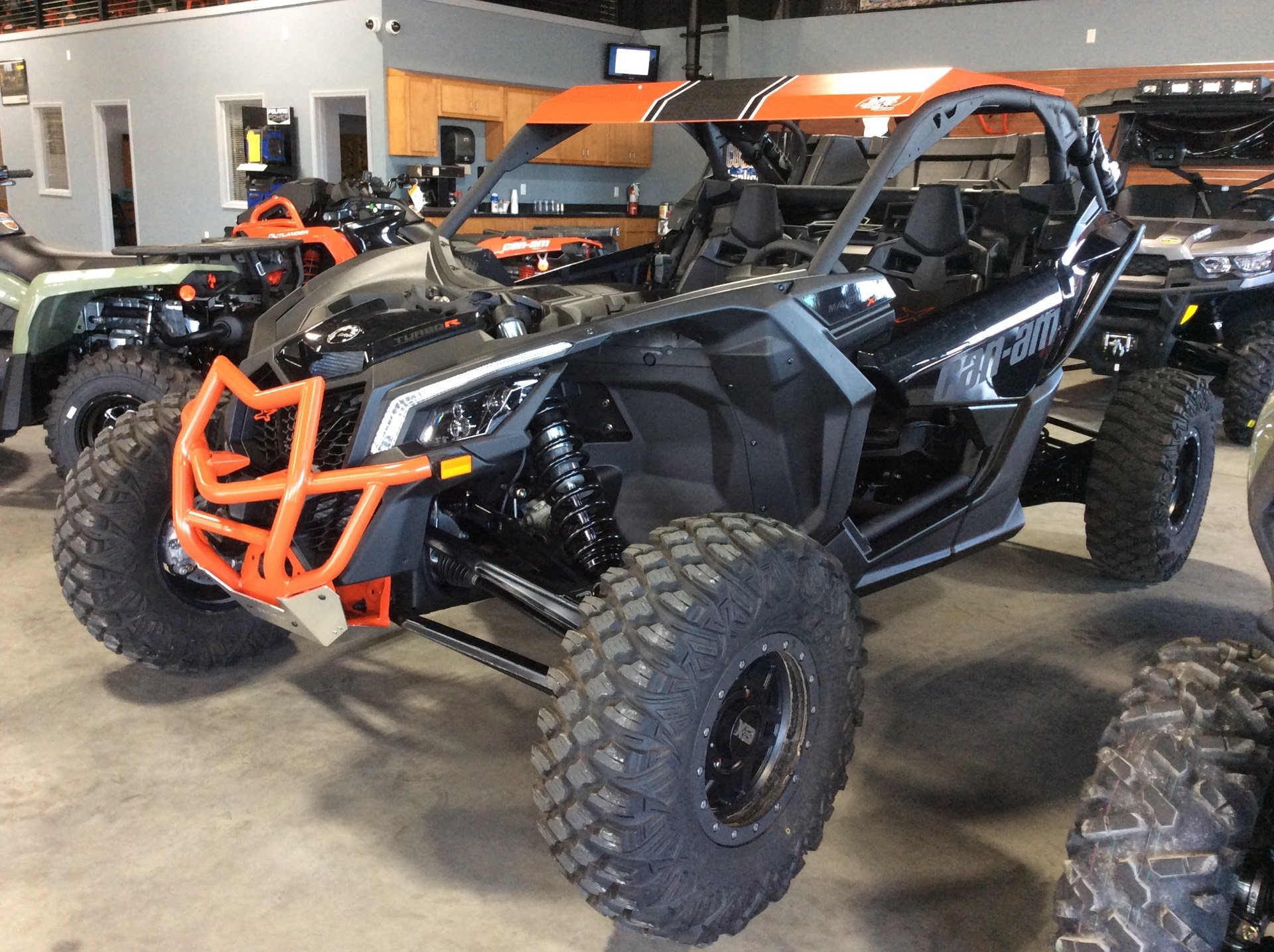 2017 Can-Am Maverick X3 Max X rs Turbo R in Batesville, Arkansas