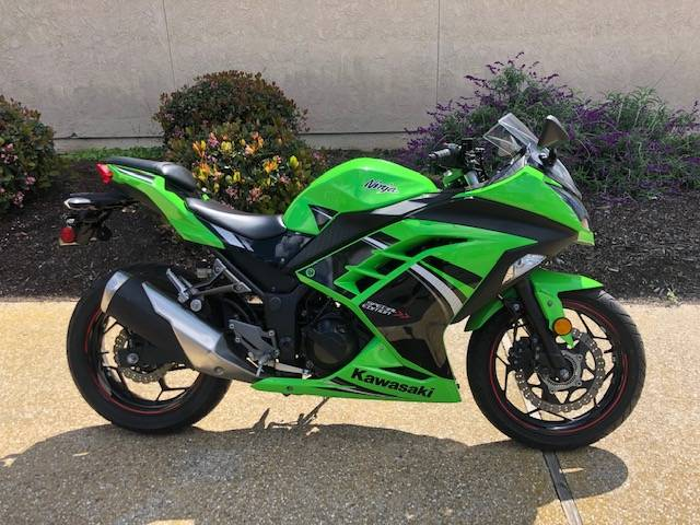 2014 Kawasaki Ninja® 300 ABS SE in Goleta, California - Photo 1