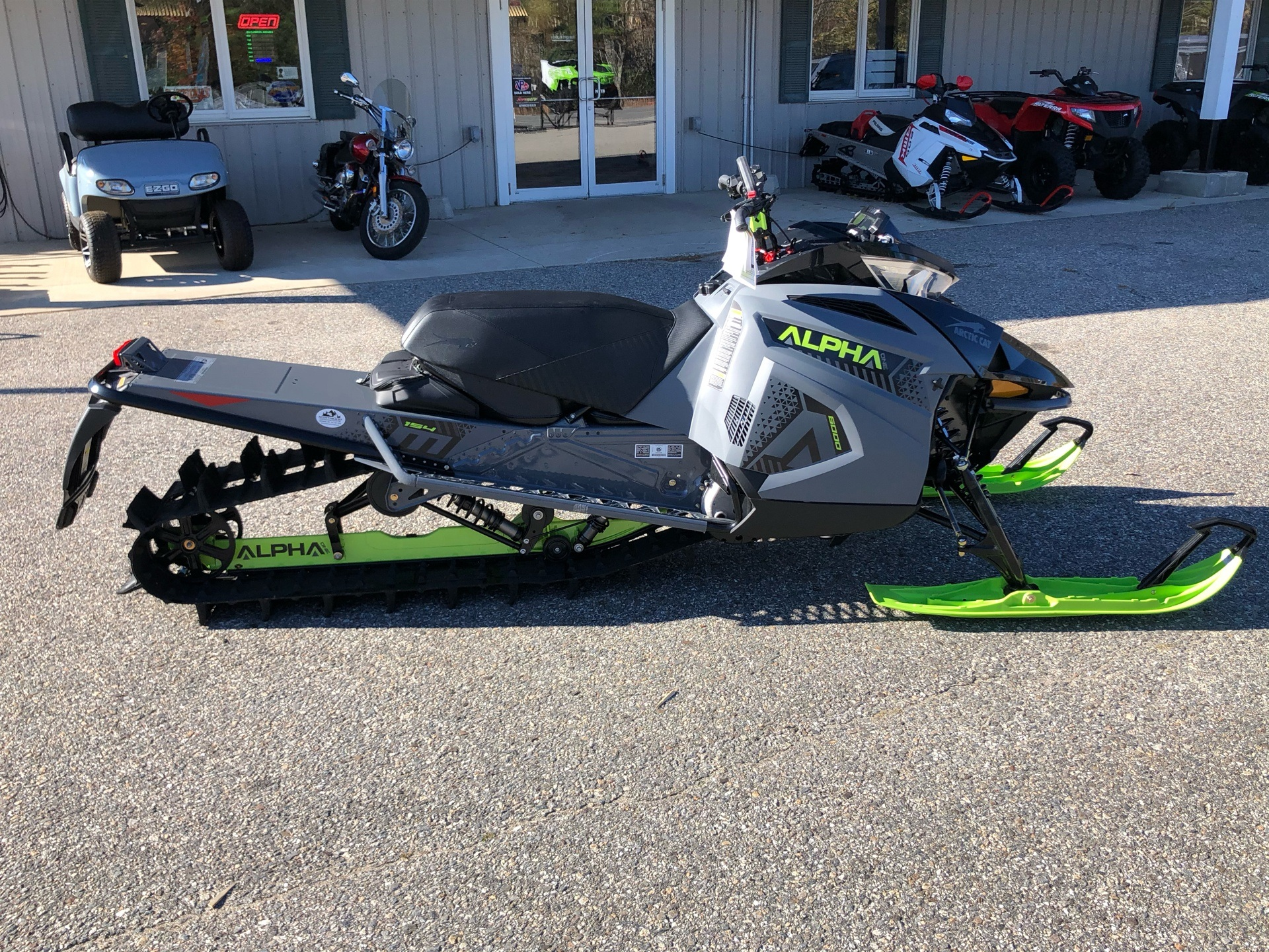 2020 Arctic Cat M 6000 Alpha One 154 in Lebanon, Maine - Photo 2