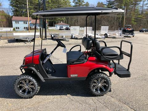 2020 E-Z-GO Express S4 Electric Elite 2.0 in Lebanon, Maine - Photo 2