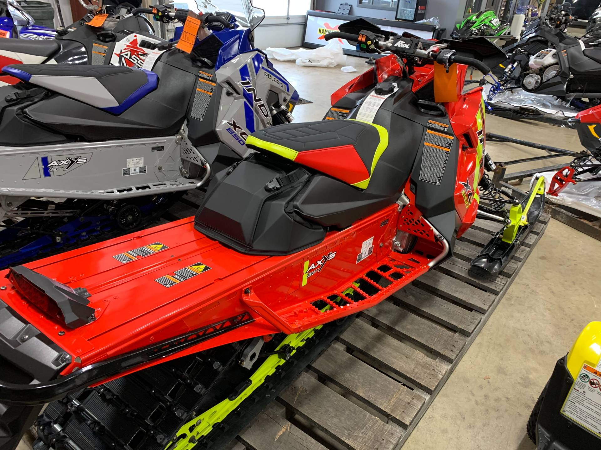 2021 Polaris 850 Indy XC 137 Factory Choice in Belvidere, Illinois - Photo 5