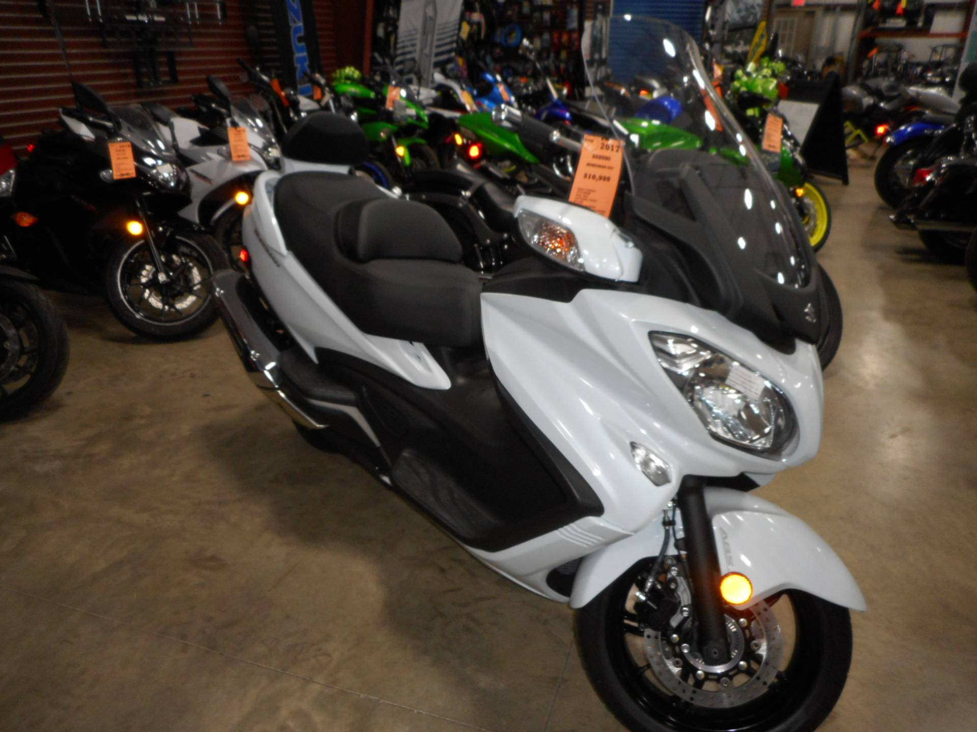 2017 Suzuki Burgman 650 Executive in Belvidere, Illinois - Photo 1