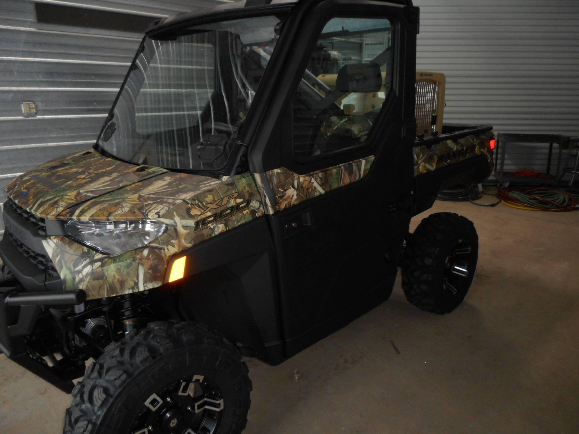 2019 Polaris Ranger XP 1000 EPS Premium in Belvidere, Illinois - Photo 5
