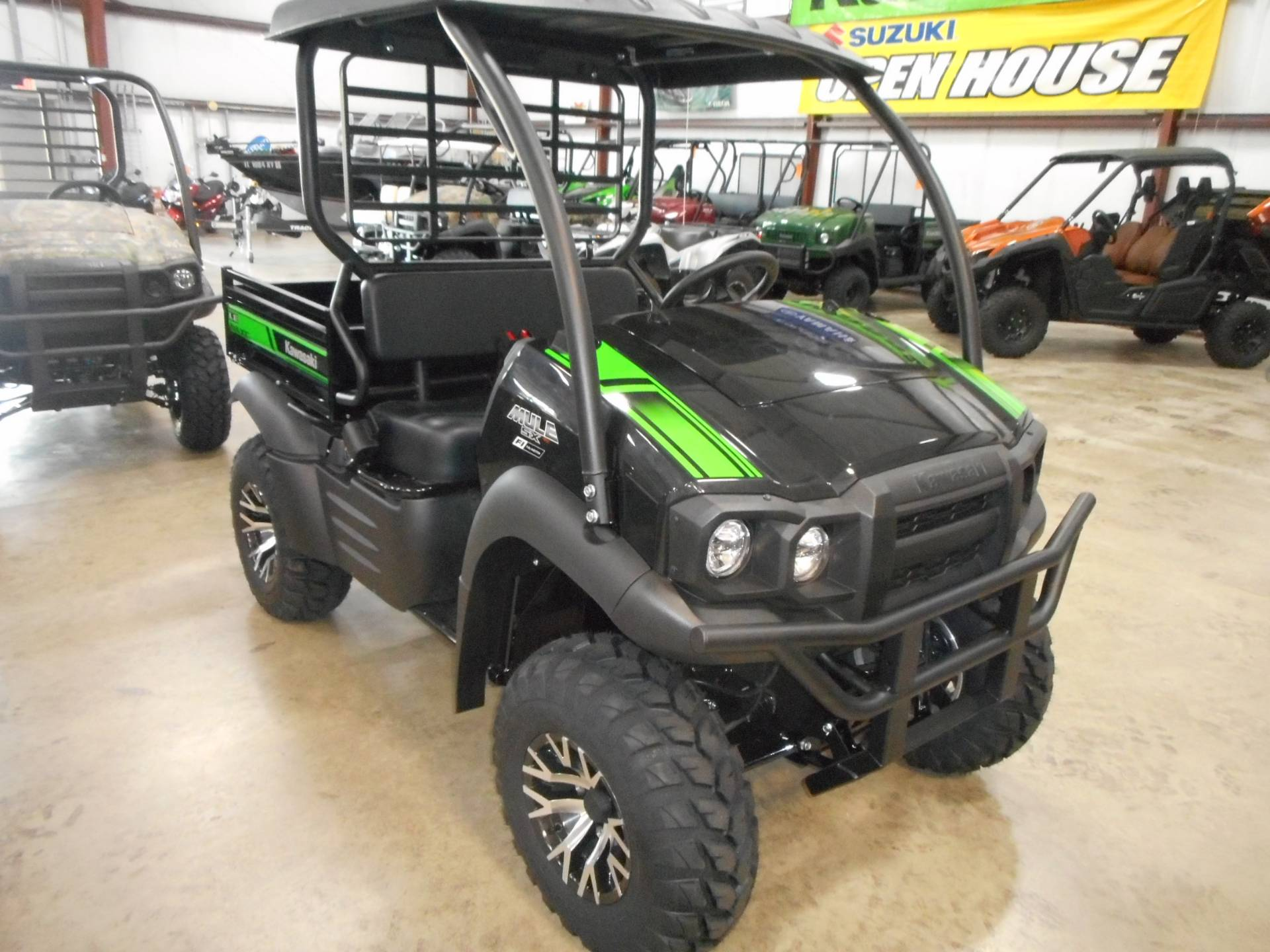 2020 Kawasaki Mule SX 4x4 XC LE FI in Belvidere, Illinois - Photo 4