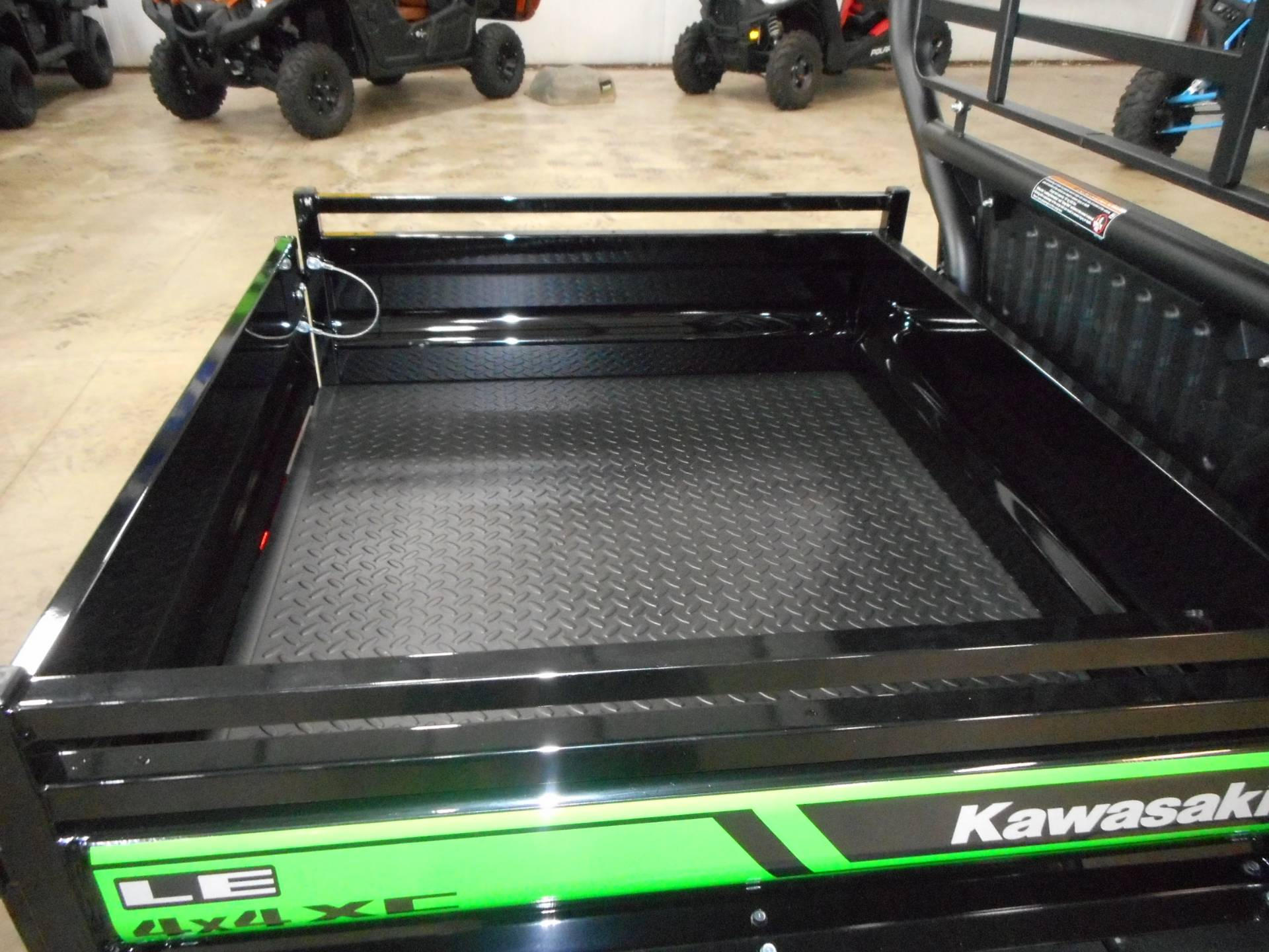 2020 Kawasaki Mule SX 4x4 XC LE FI in Belvidere, Illinois - Photo 6