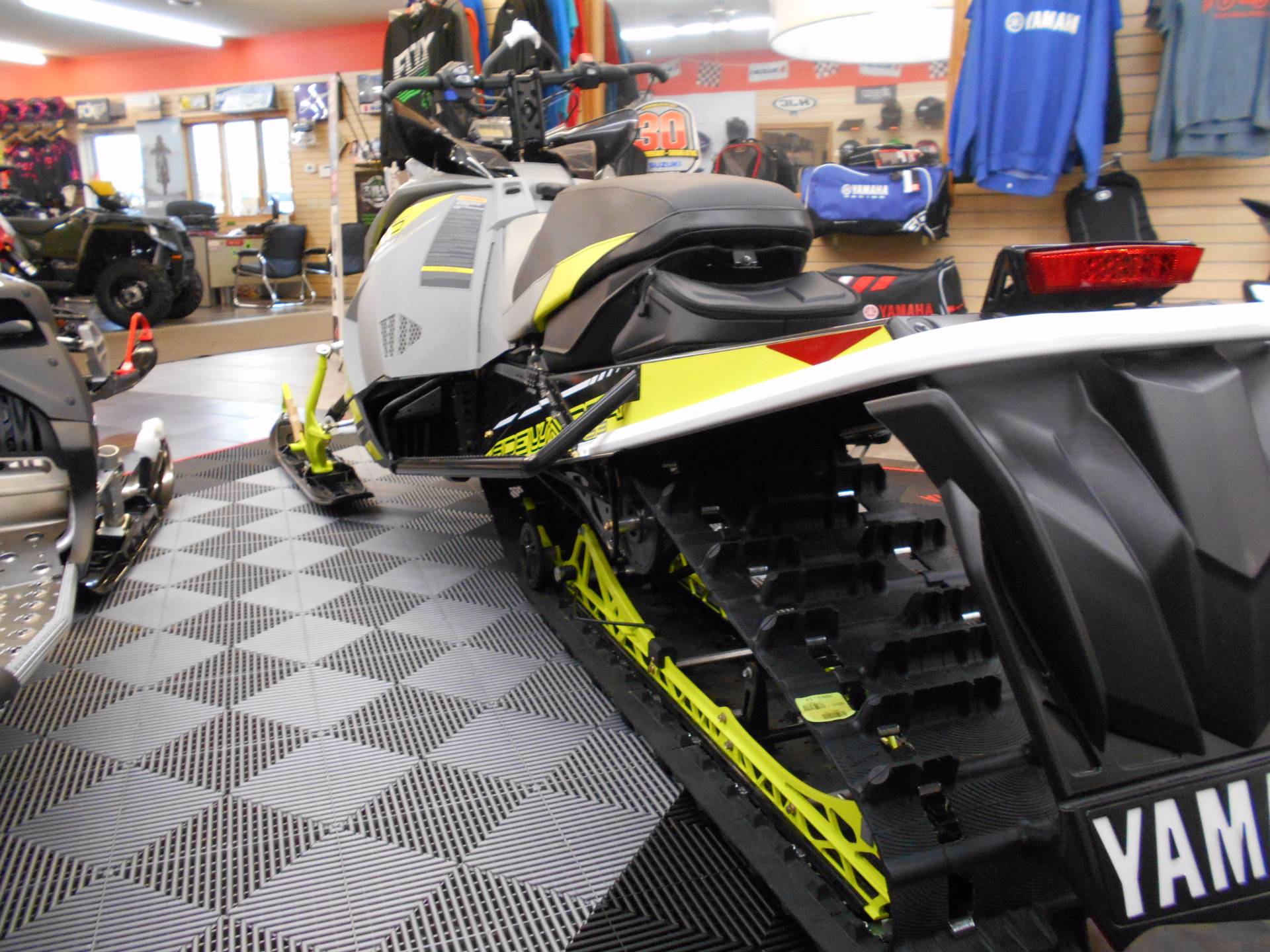 2018 Yamaha Sidewinder B-TX SE 153 1.75 in Belvidere, Illinois - Photo 4