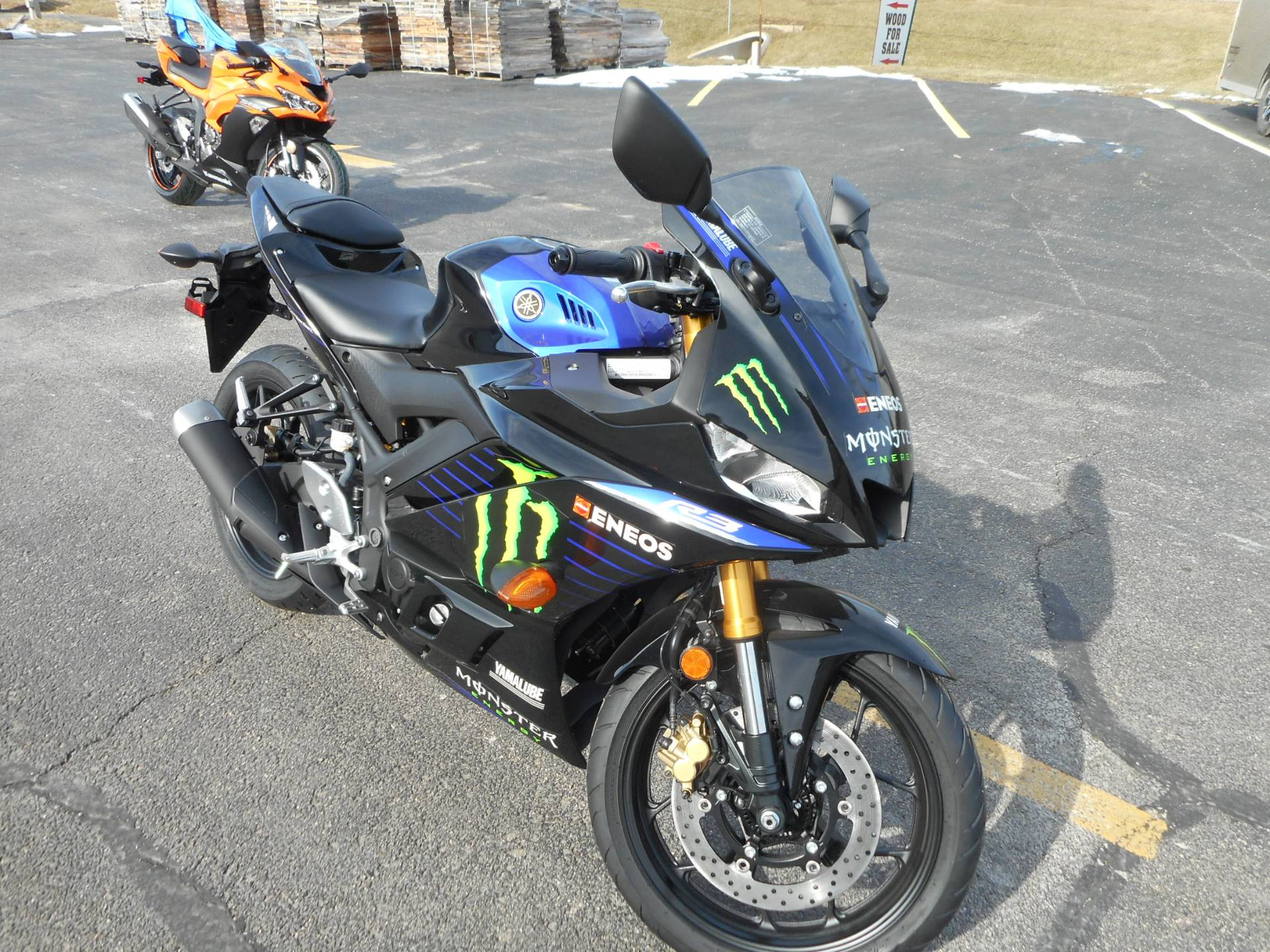 2020 Yamaha YZF-R3 ABS Monster Energy Yamaha MotoGP Edition in Belvidere, Illinois - Photo 3