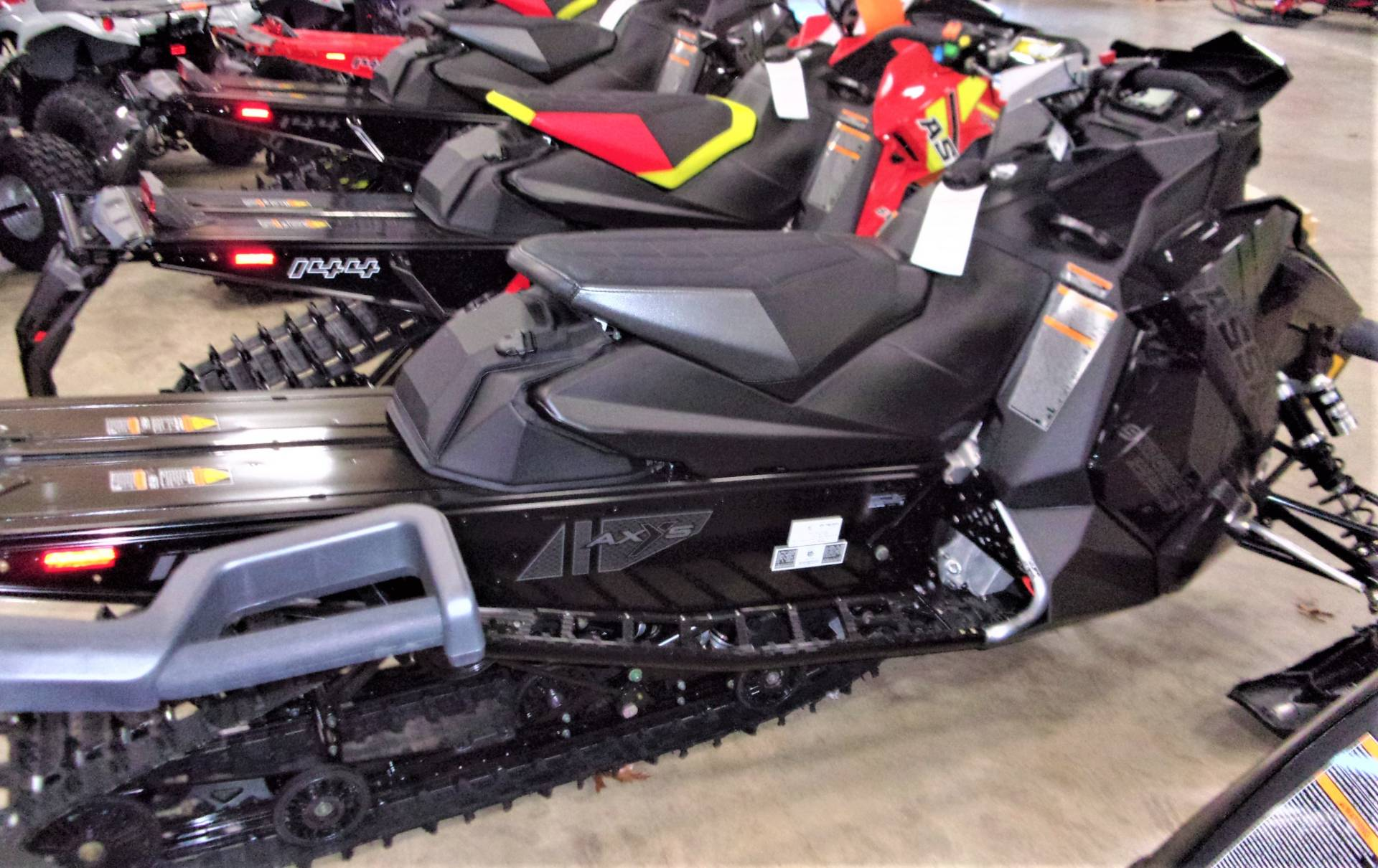 2021 Polaris 850 Switchback Assault 144 Factory Choice in Belvidere, Illinois - Photo 3