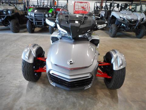 2016 Can-Am Spyder F3-T SM6 w/ Audio System in Belvidere, Illinois - Photo 2