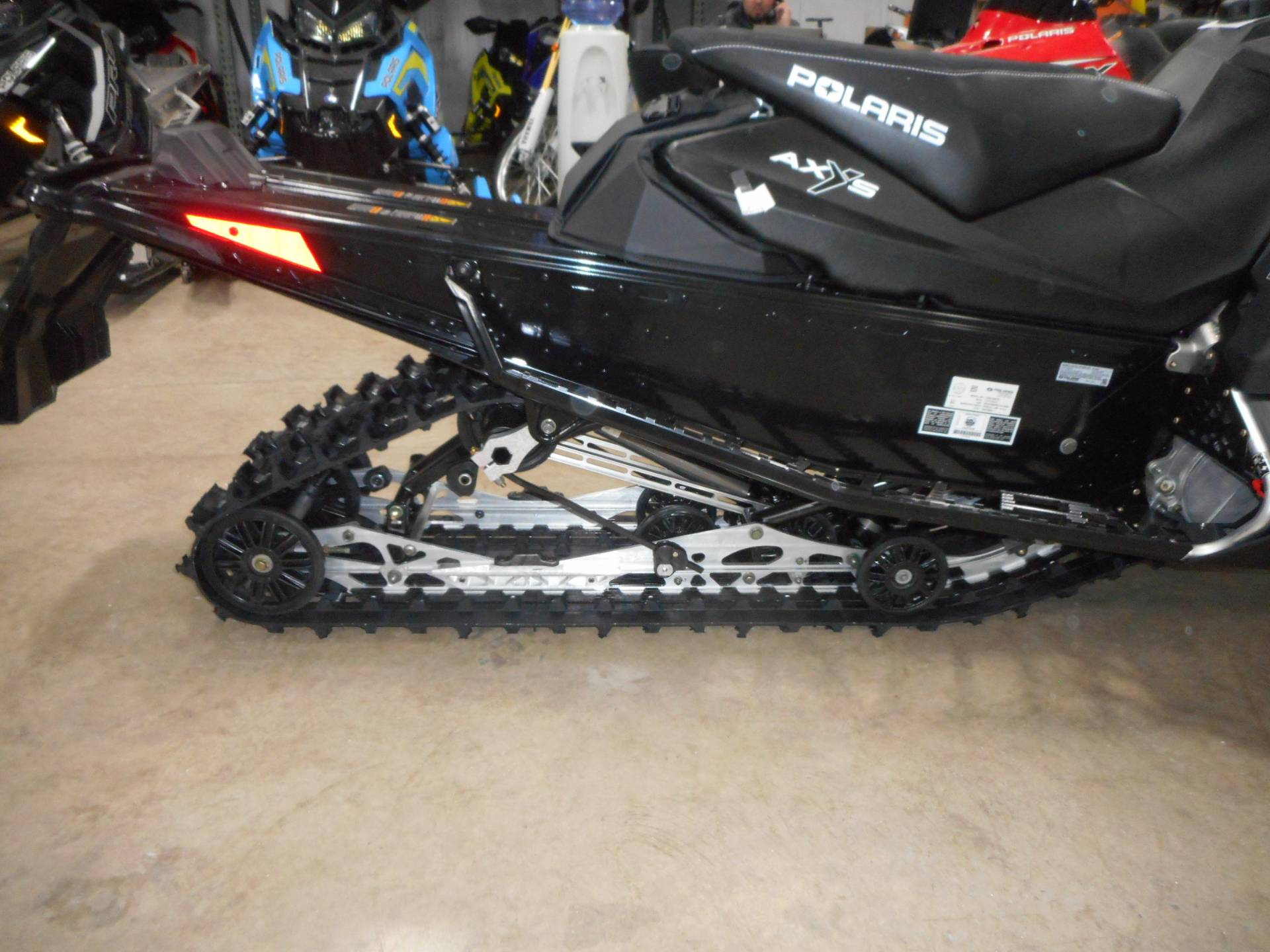 2020 Polaris 600 Indy SP 137 ES in Belvidere, Illinois - Photo 5