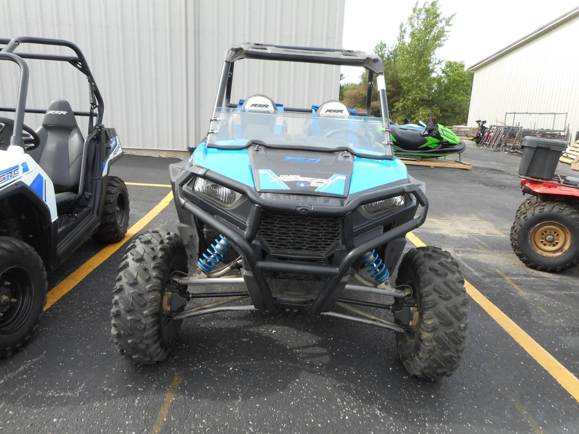 2015 Polaris RZR® S 900 EPS in Belvidere, Illinois