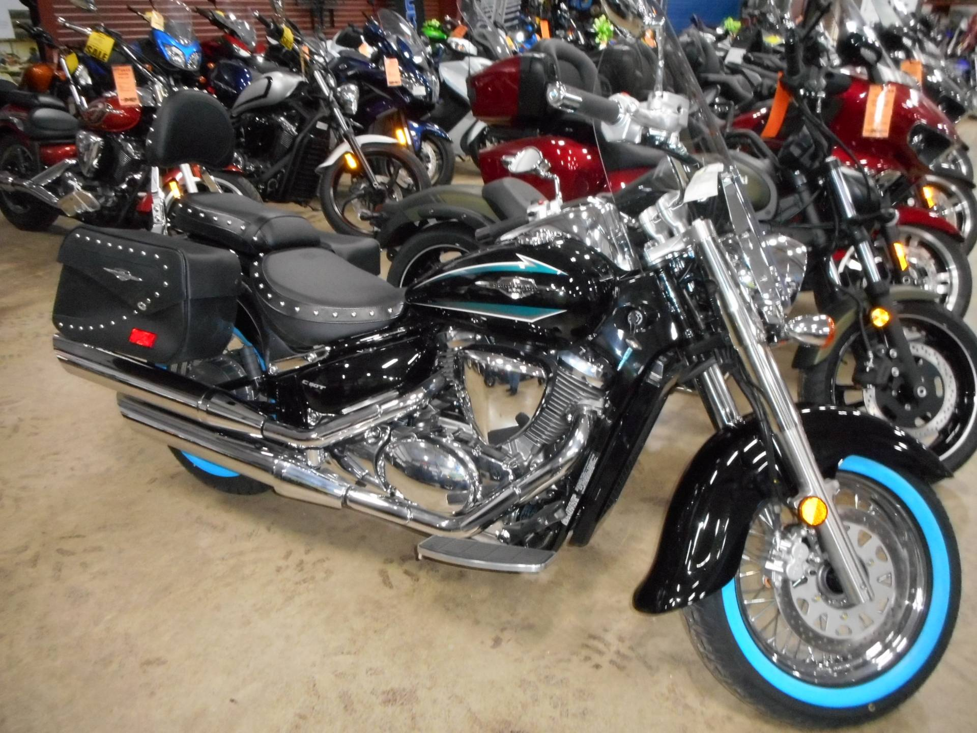 2017 Suzuki Boulevard C50T in Belvidere, Illinois - Photo 1