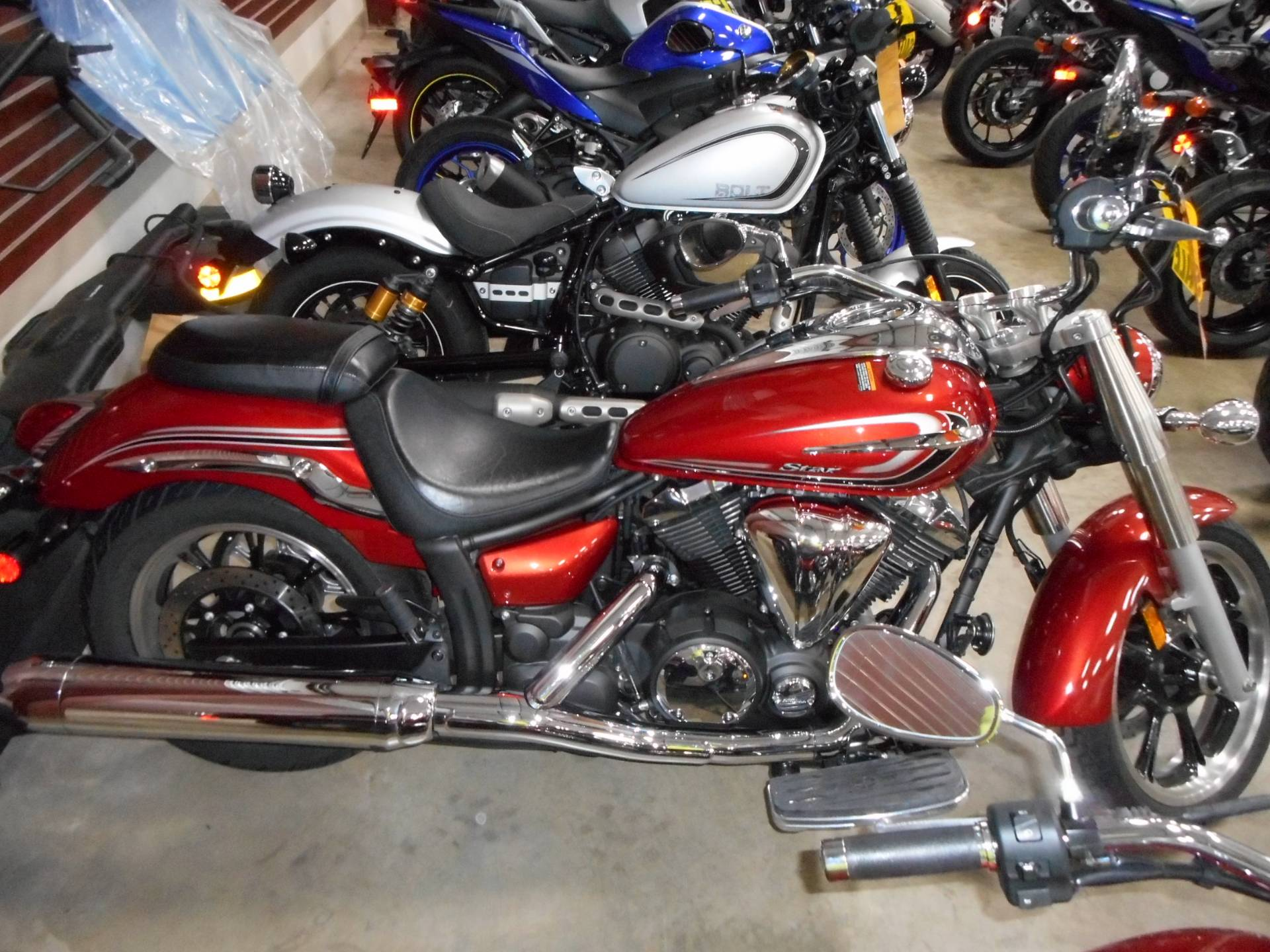 2015 Yamaha V Star 950 in Belvidere, Illinois - Photo 6