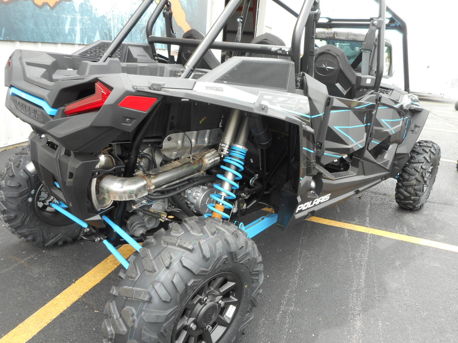 2019 Polaris RZR XP 4 Turbo in Belvidere, Illinois - Photo 4