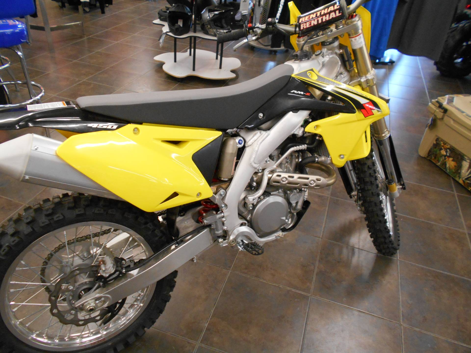 2016 Suzuki RM-Z450 in Belvidere, Illinois - Photo 2