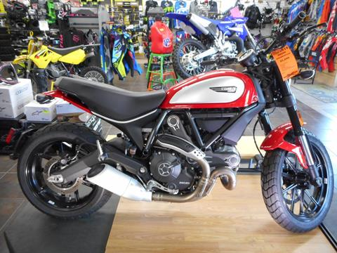 2016 Ducati Scrambler Icon in Belvidere, Illinois