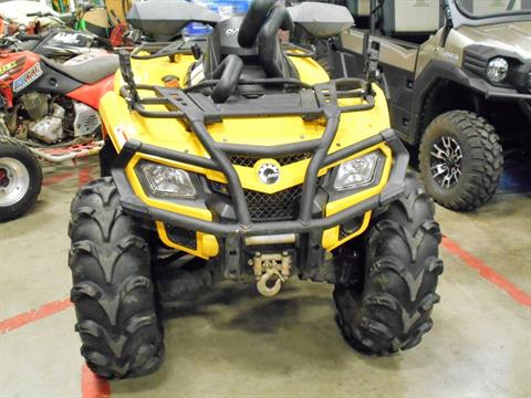 2011 Can-Am Outlander™ 800R XT in Belvidere, Illinois