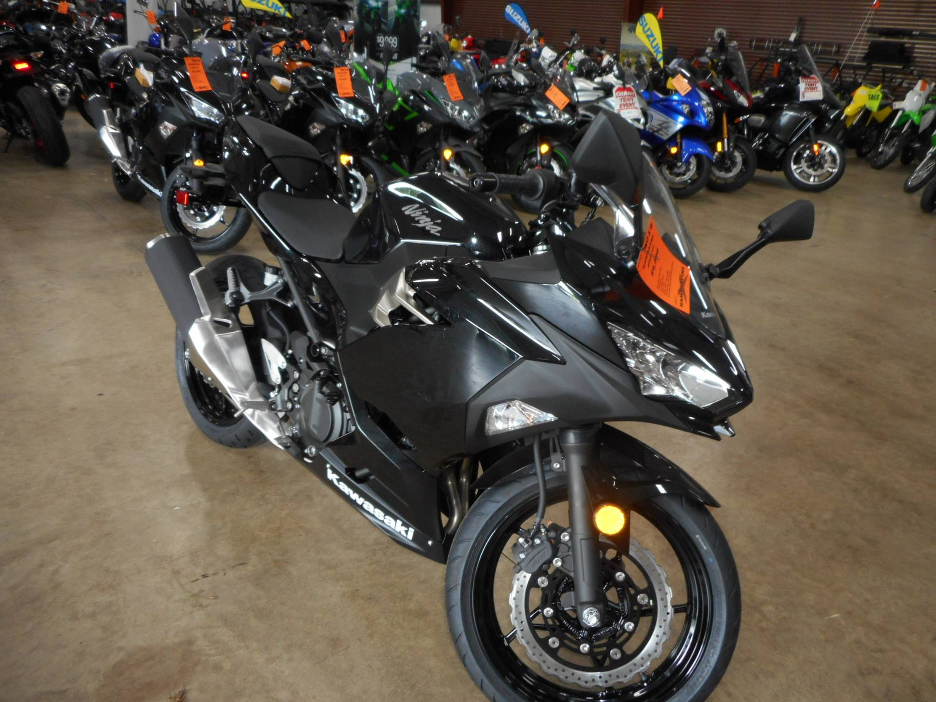 2019 Kawasaki Ninja 400 in Belvidere, Illinois - Photo 5