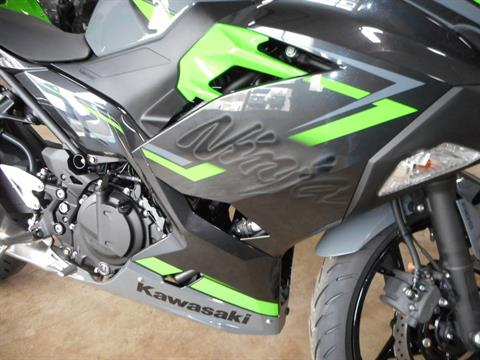2019 Kawasaki Ninja 400 ABS in Belvidere, Illinois - Photo 3