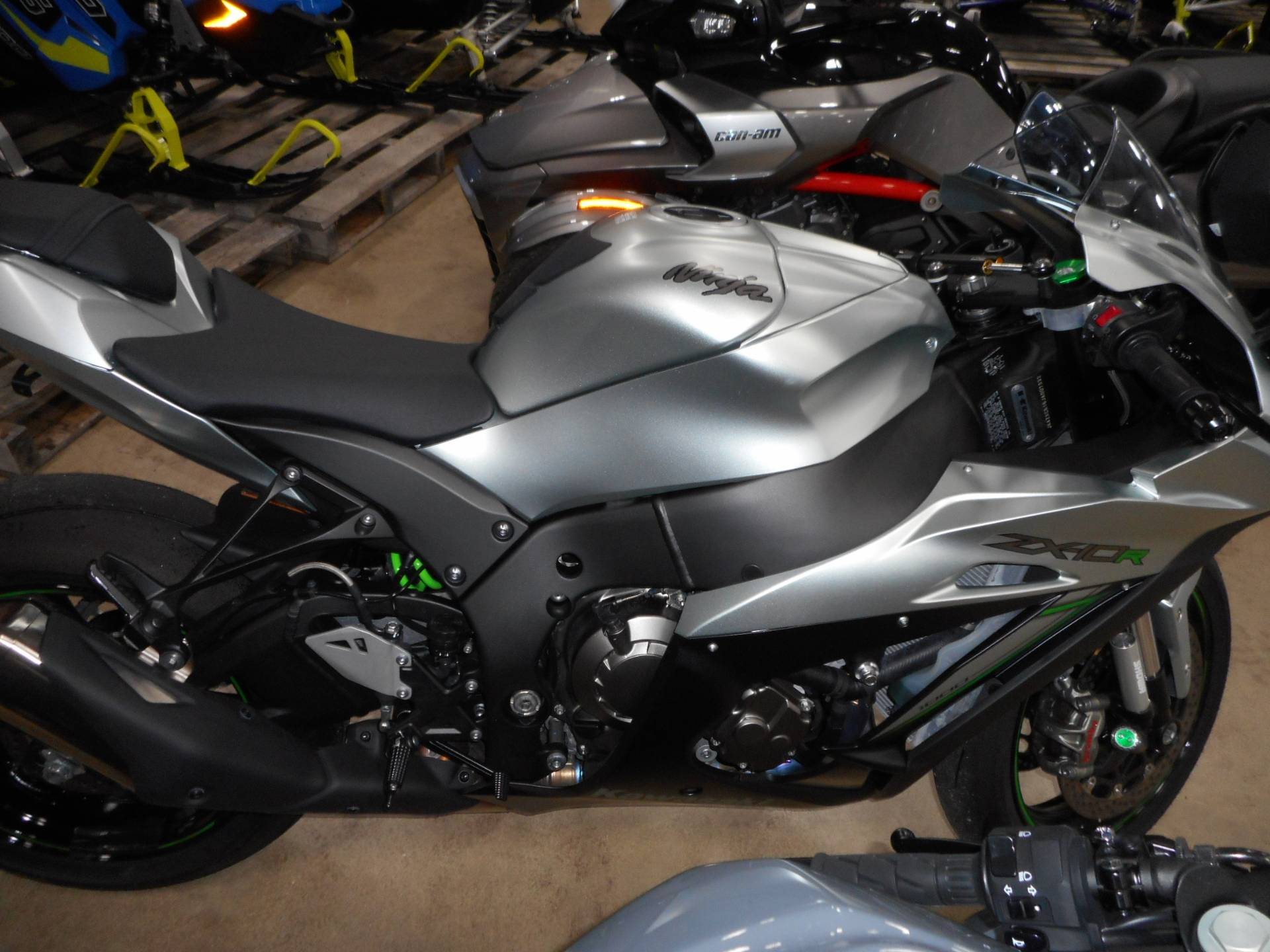2018 Kawasaki Ninja ZX-10R in Belvidere, Illinois - Photo 2