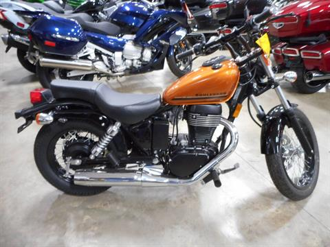2017 Suzuki Boulevard S40 in Belvidere, Illinois - Photo 3