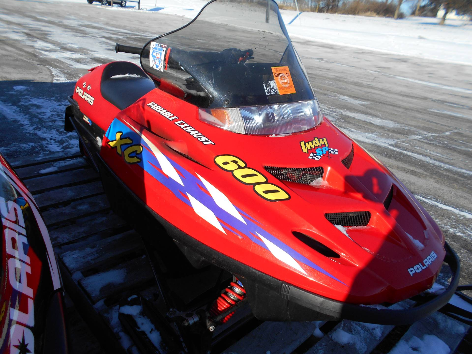 2000 Polaris Indy 600 XC SP in Belvidere, Illinois - Photo 3