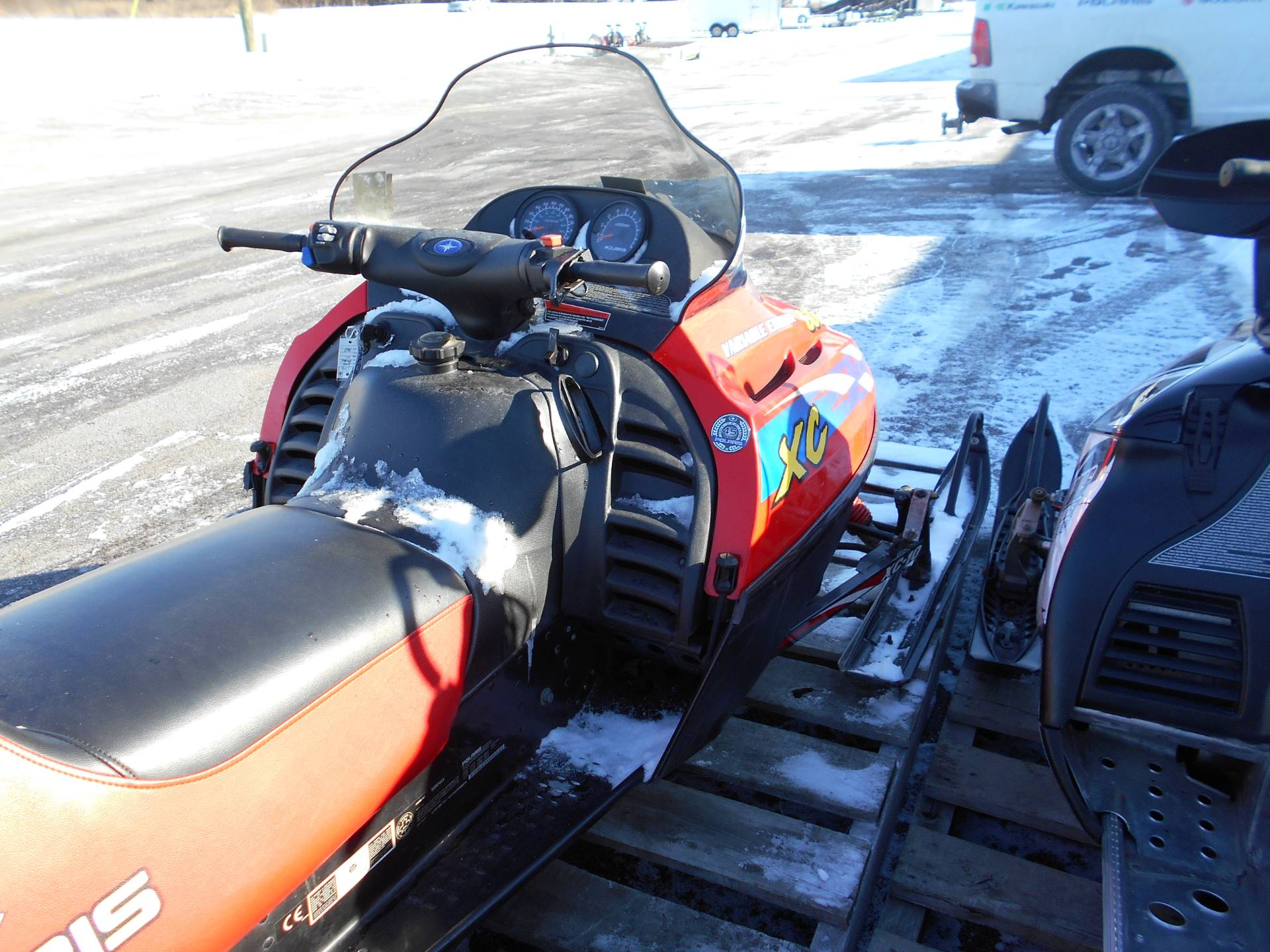 2000 Polaris Indy 600 XC SP in Belvidere, Illinois
