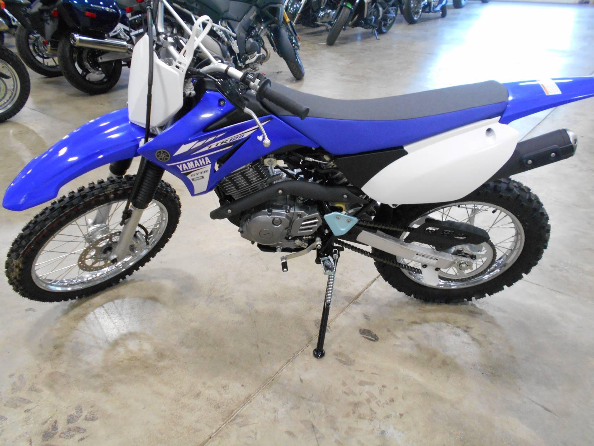 2017 Yamaha TT-R125LE 2
