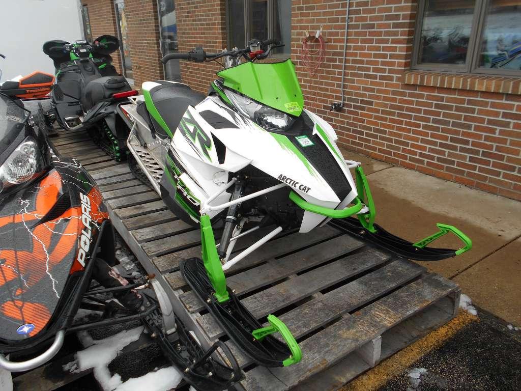 2015 Arctic Cat ZR® 8000 Sno Pro® in Belvidere, Illinois