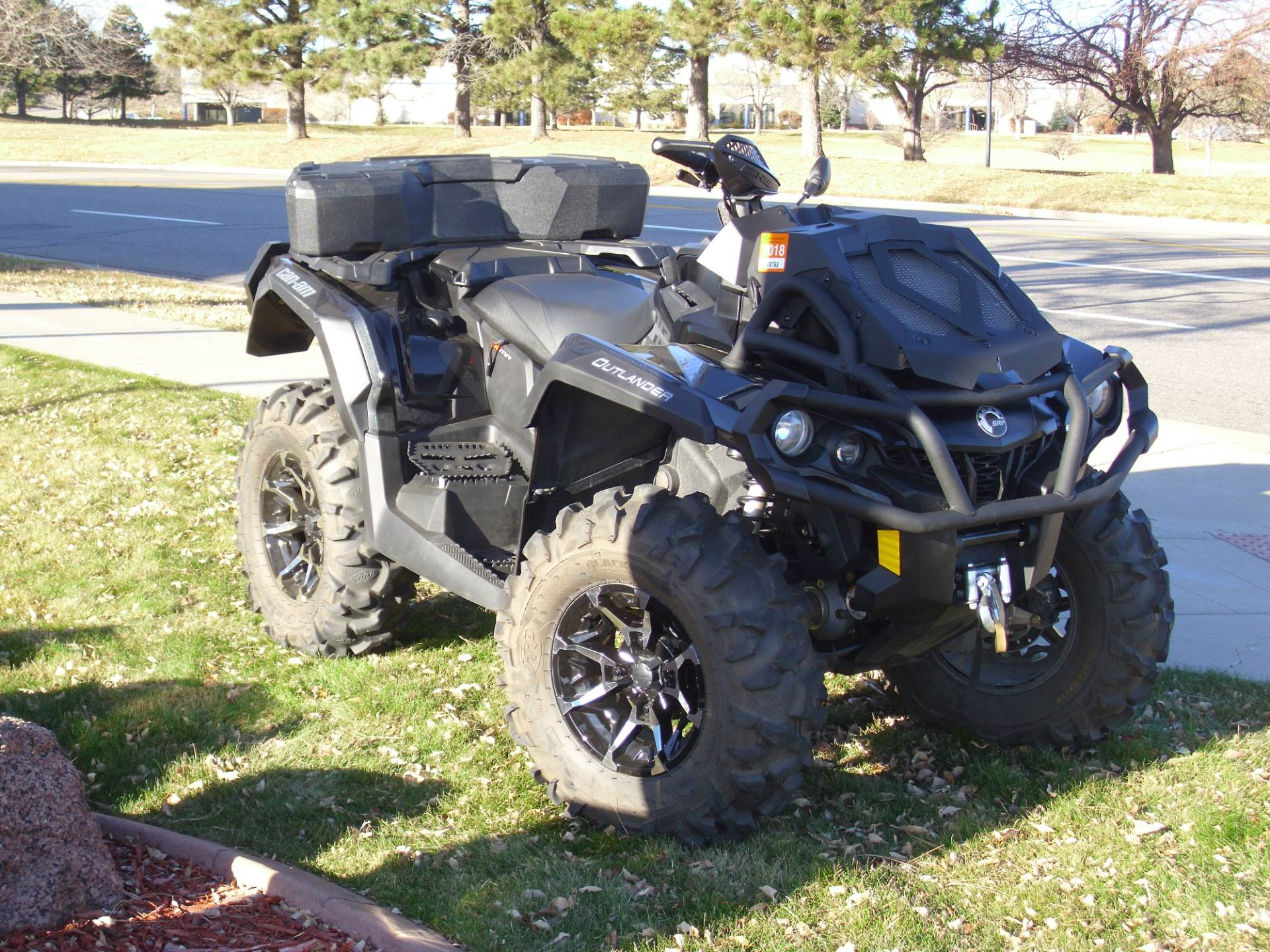 2017 Can-Am Outlander X mr 1000R in Centennial, Colorado