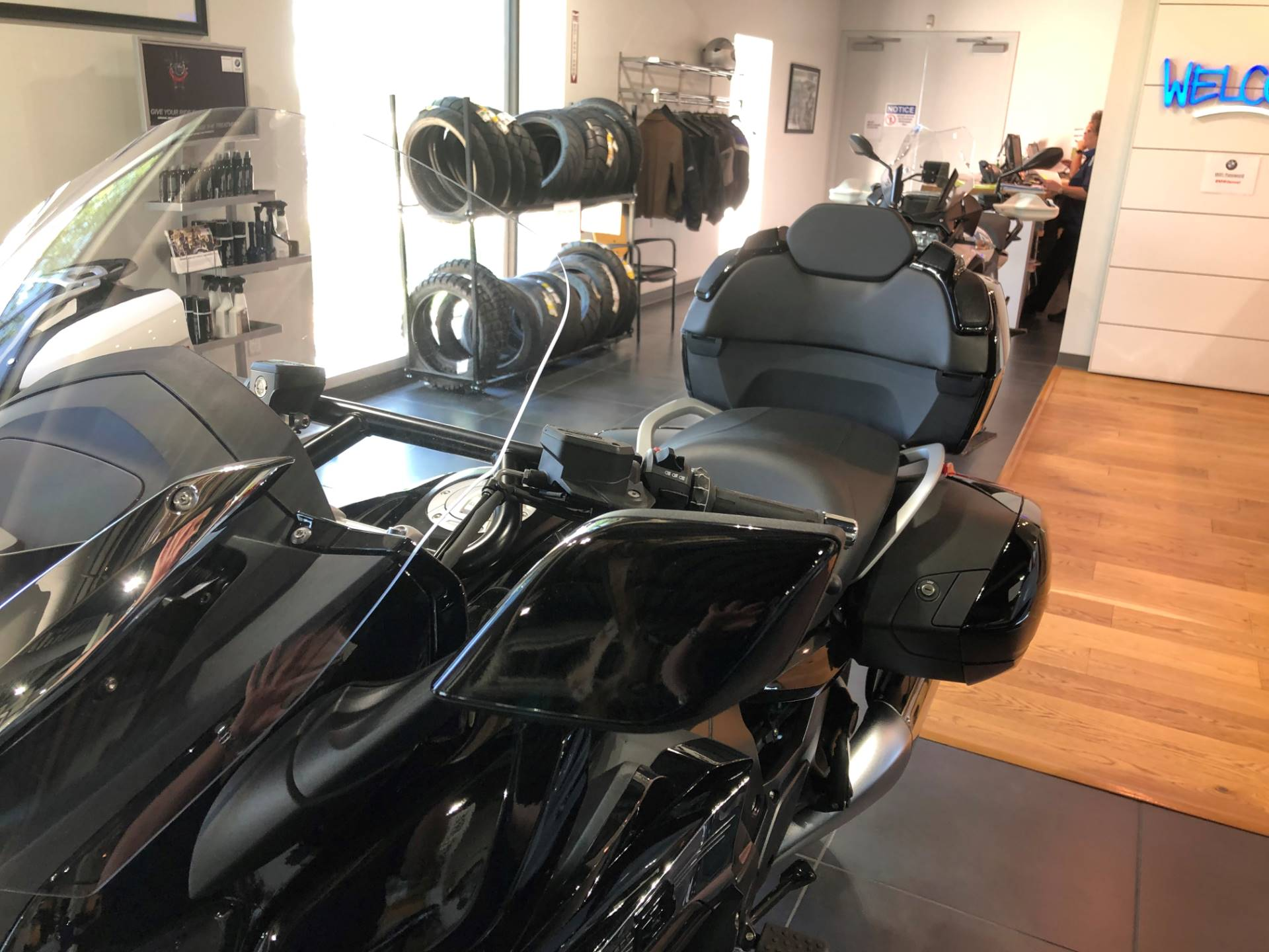 2020 BMW K 1600 B in Centennial, Colorado - Photo 7