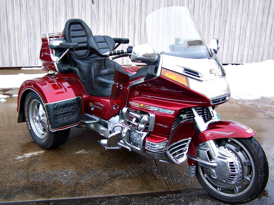1992 Honda Gold Wing Aspencade with Motor Trike in Erie, Pennsylvania - Photo 3