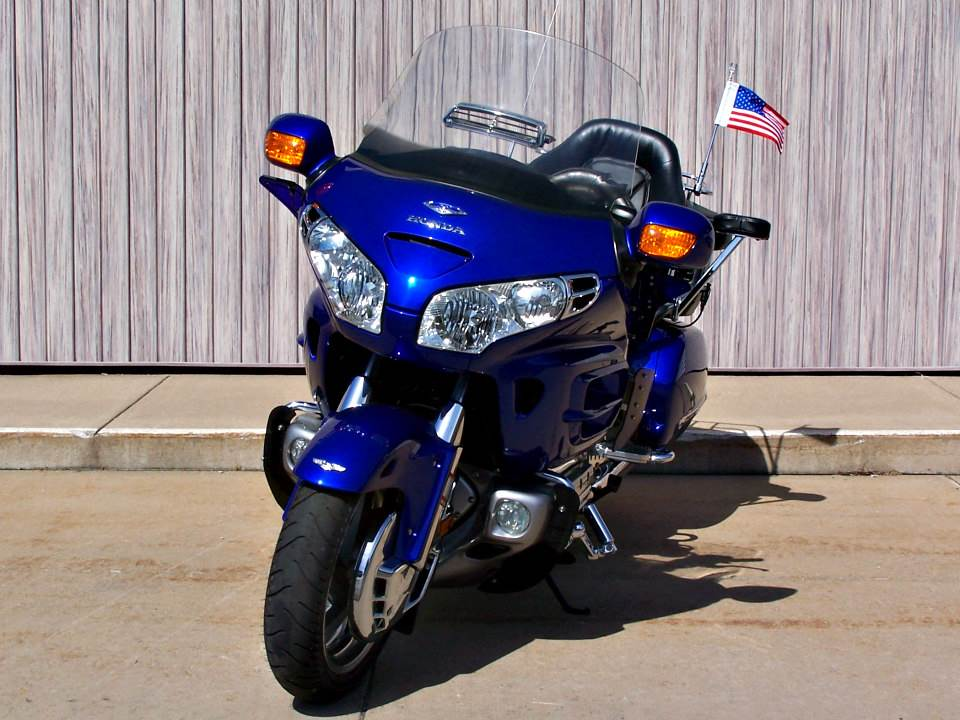 2005 Honda Gold Wing® in Erie, Pennsylvania - Photo 2