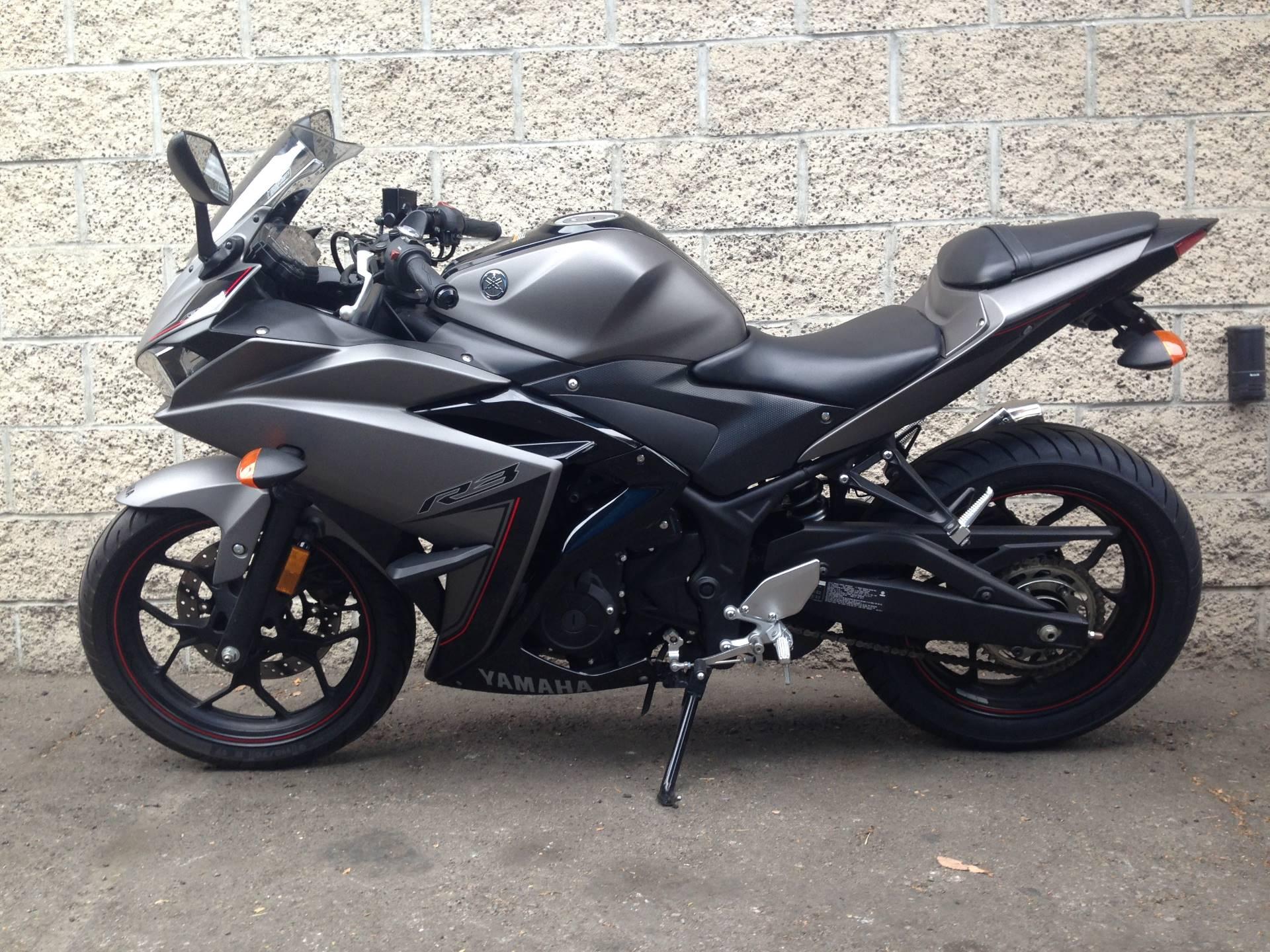 2016 Yamaha YZF-R3 3