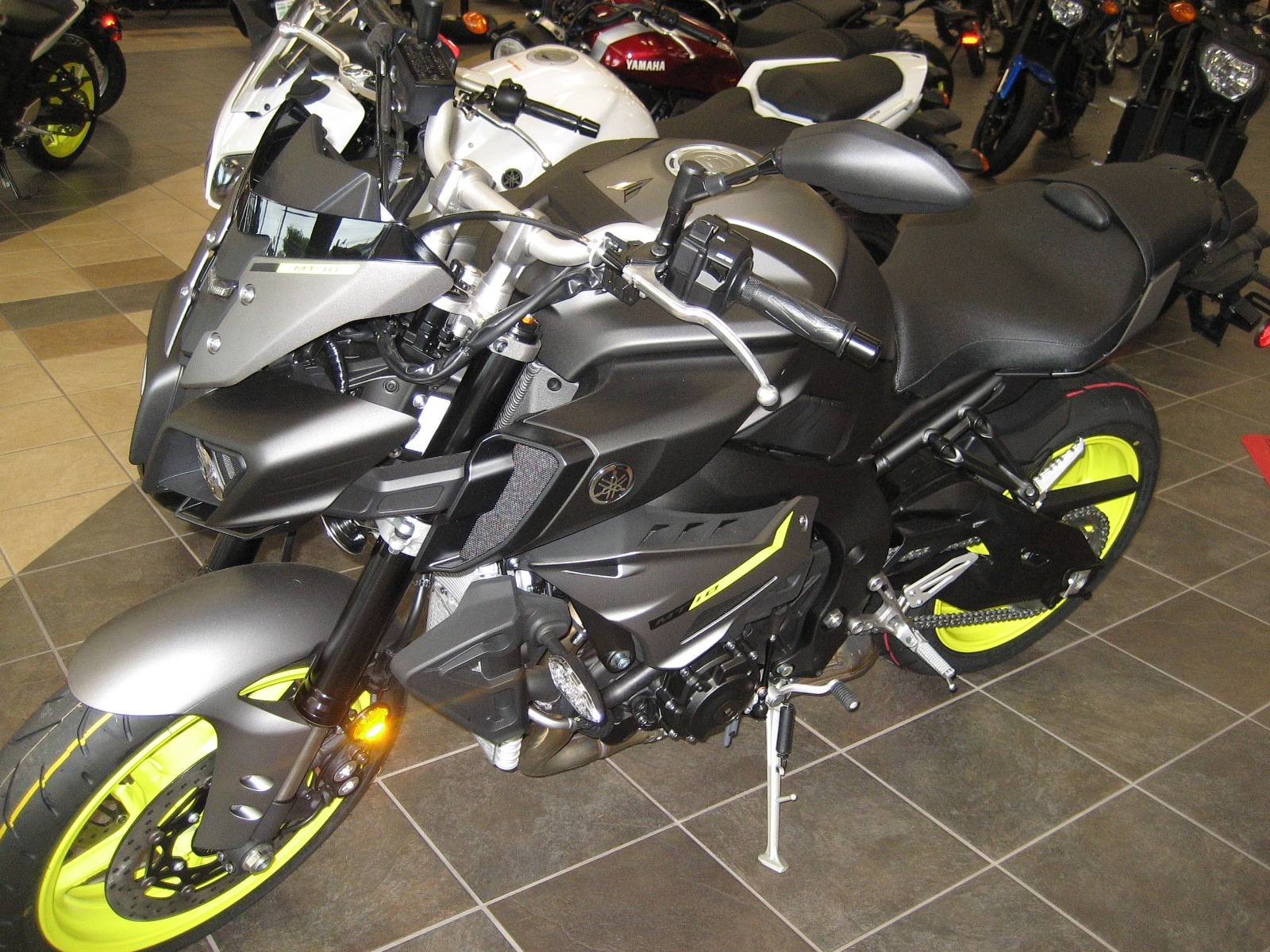 2018 Yamaha MT-10 in Shawnee, Oklahoma