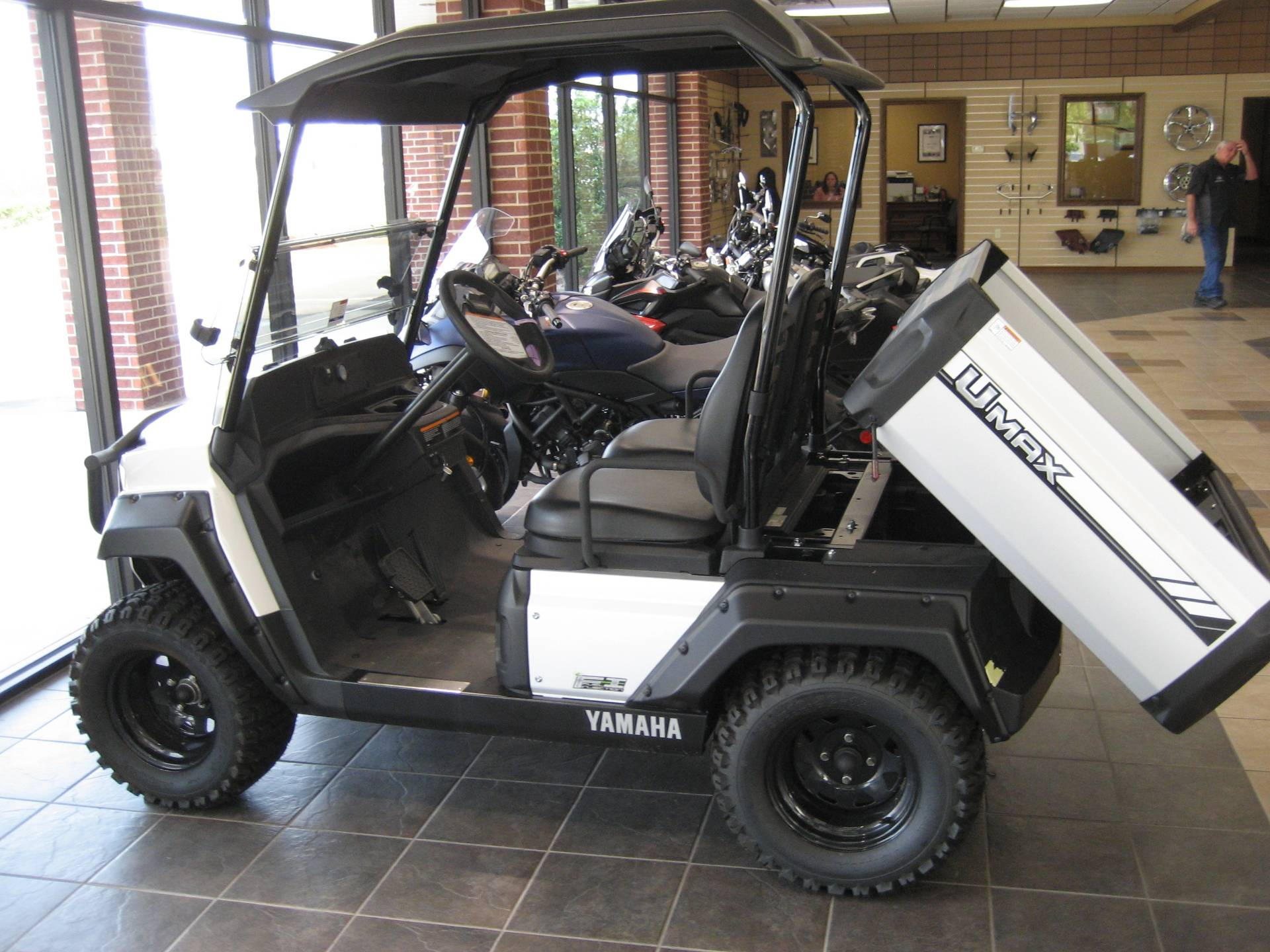 2019 Yamaha Umax One (Gas EFI) in Shawnee, Oklahoma - Photo 4