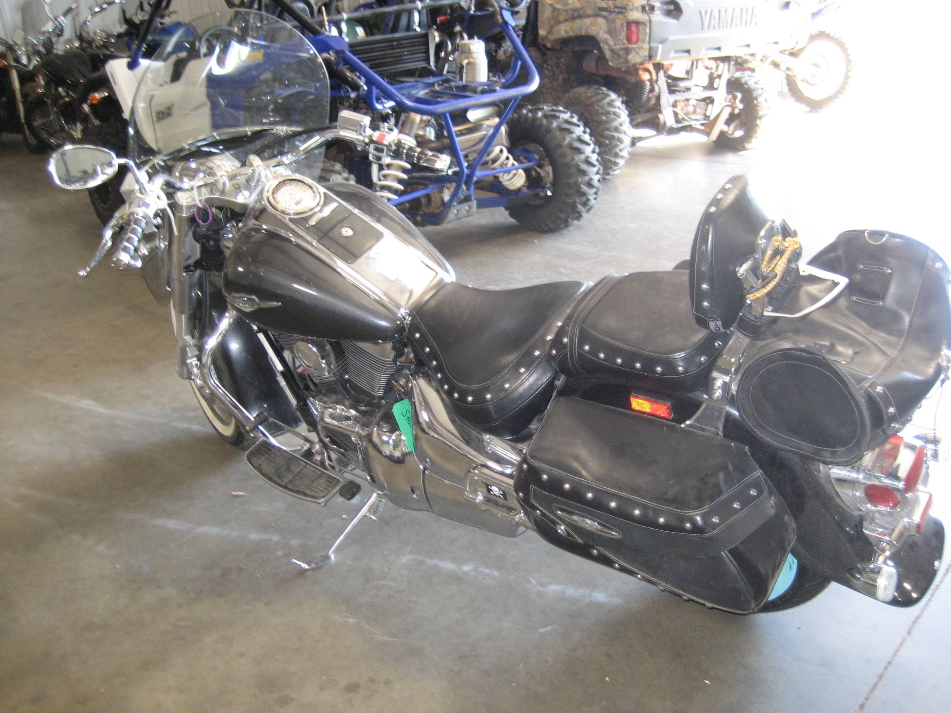 2006 Suzuki Boulevard C90 Black in Shawnee, Oklahoma - Photo 2