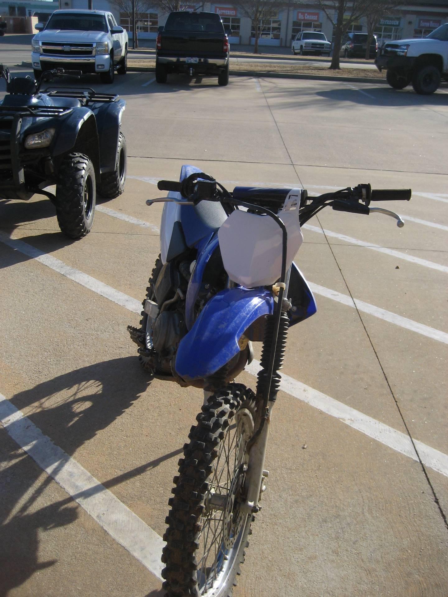 2012 Yamaha TT-R125LE 4