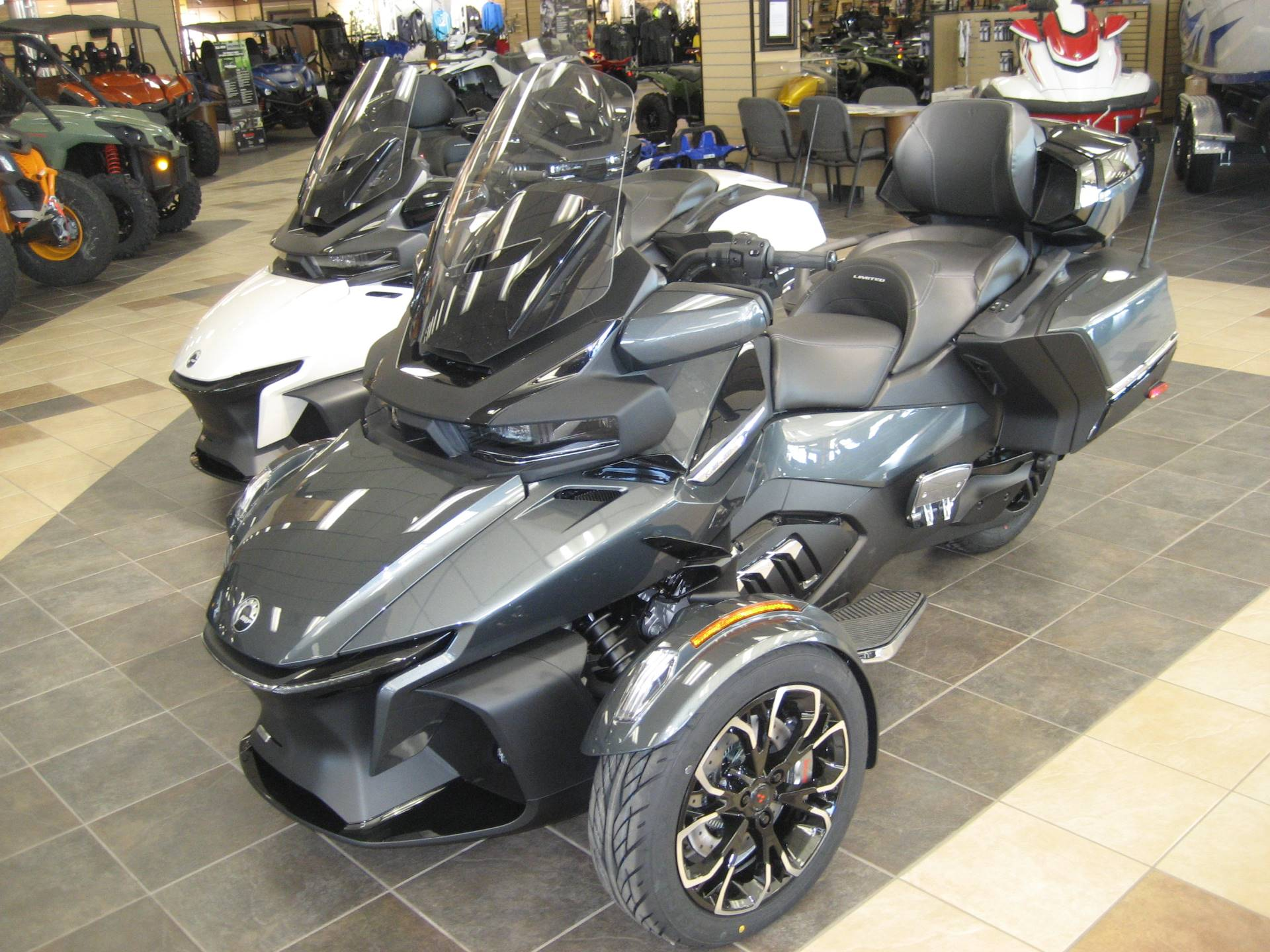 2020 Can-Am Spyder RT Limited in Shawnee, Oklahoma - Photo 2