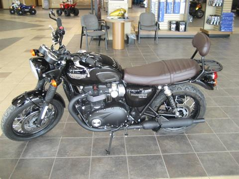 2020 Triumph Bonneville T120 Black in Shawnee, Oklahoma - Photo 1