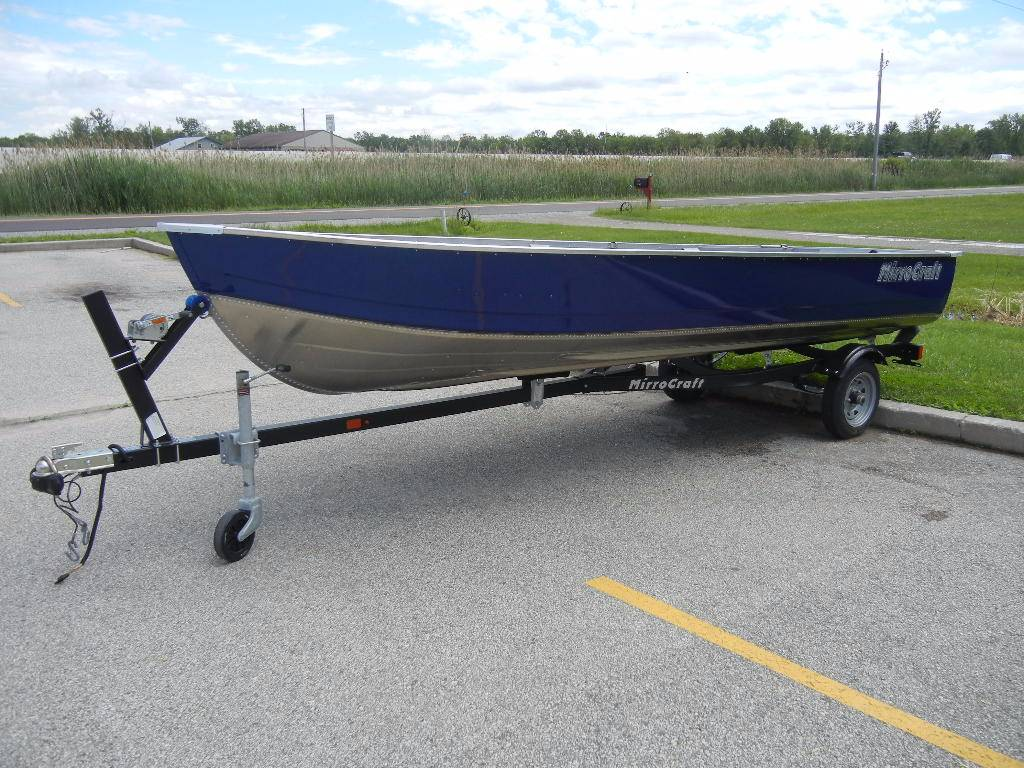 "2017 MirroCraft 4656 OUTFITTER 16' - (20"" TRANSOM) in Green Bay, Wisconsin"