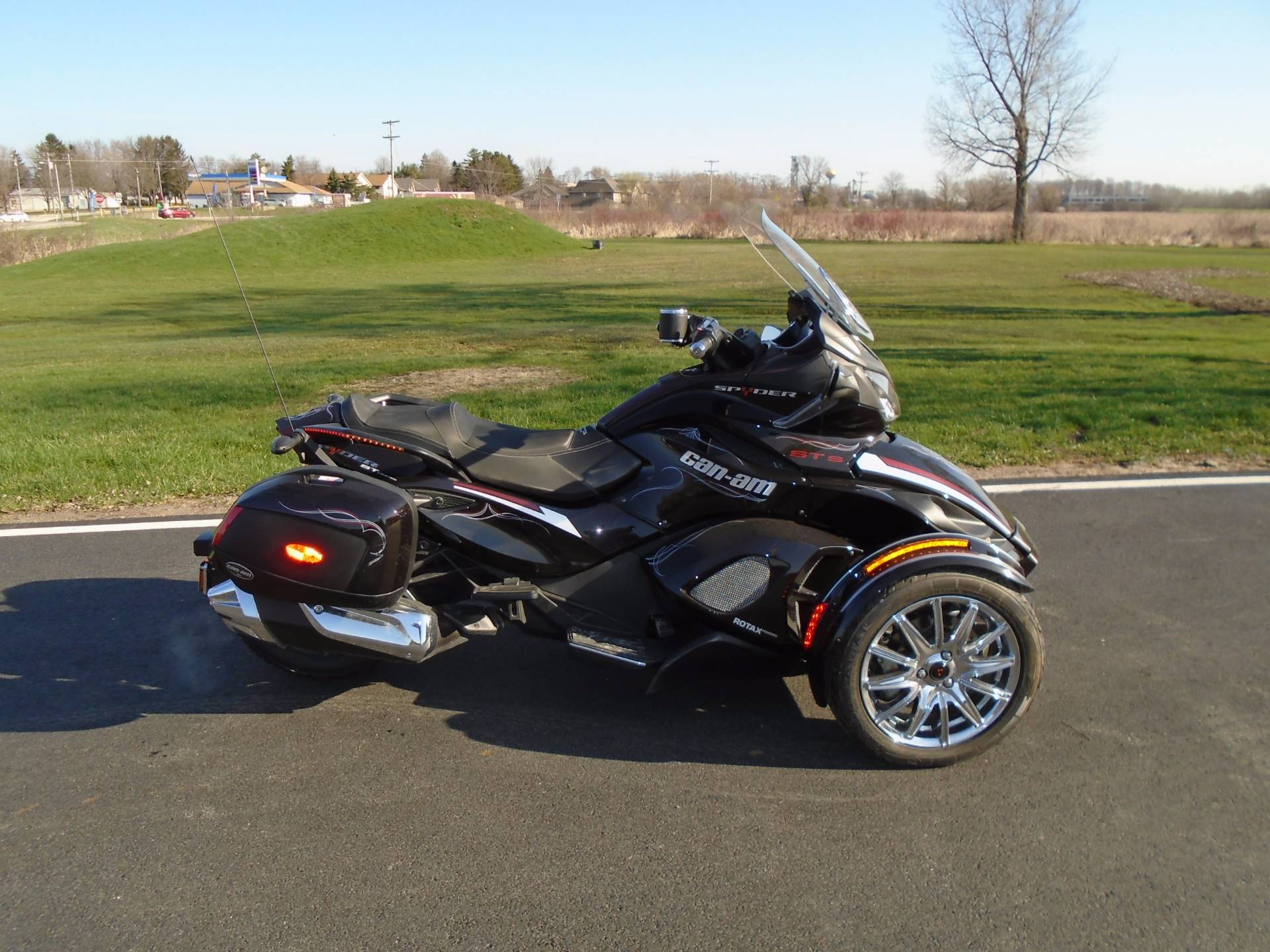 2013 Can-Am Spyder® ST Limited in Johnson Creek, Wisconsin