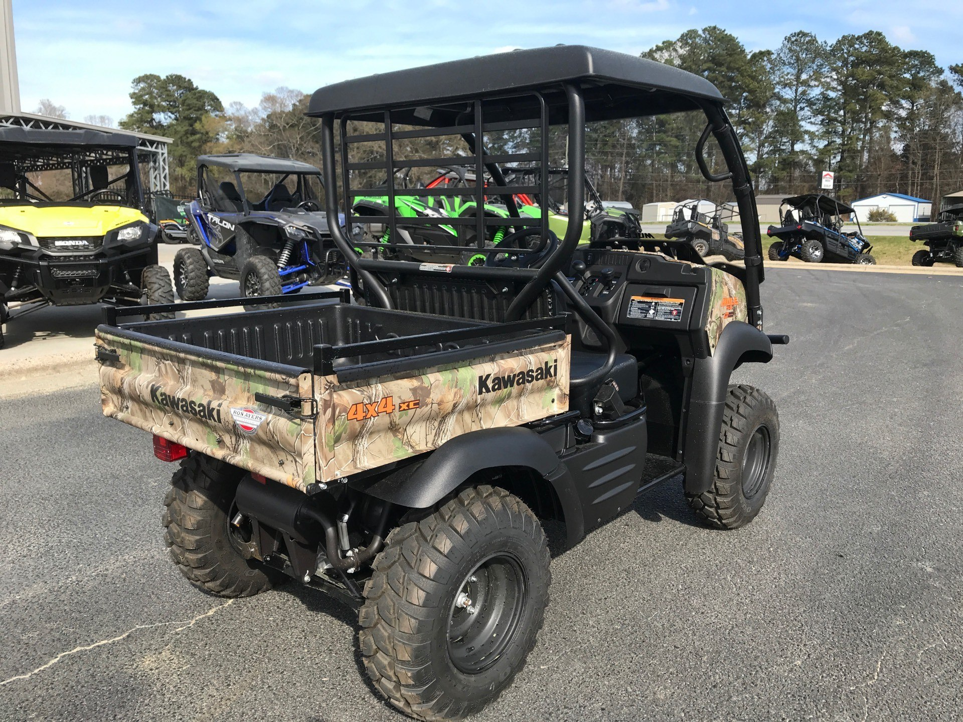 2020 Kawasaki Mule SX 4X4 XC Camo FI in Greenville, North Carolina - Photo 11