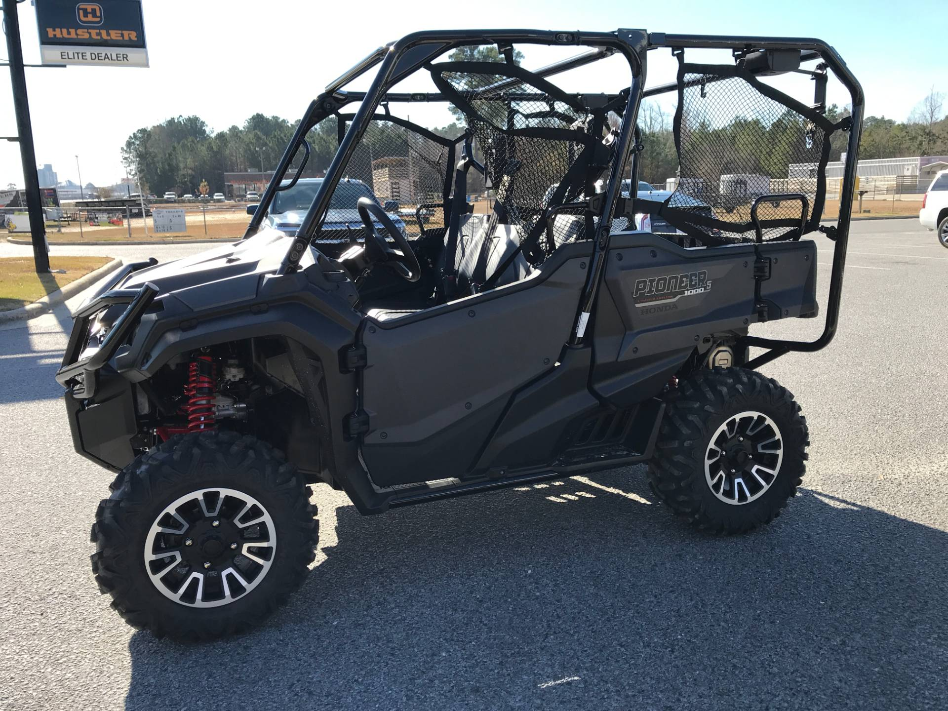 2018 Honda Pioneer 1000-5 LE in Greenville, North Carolina - Photo 7
