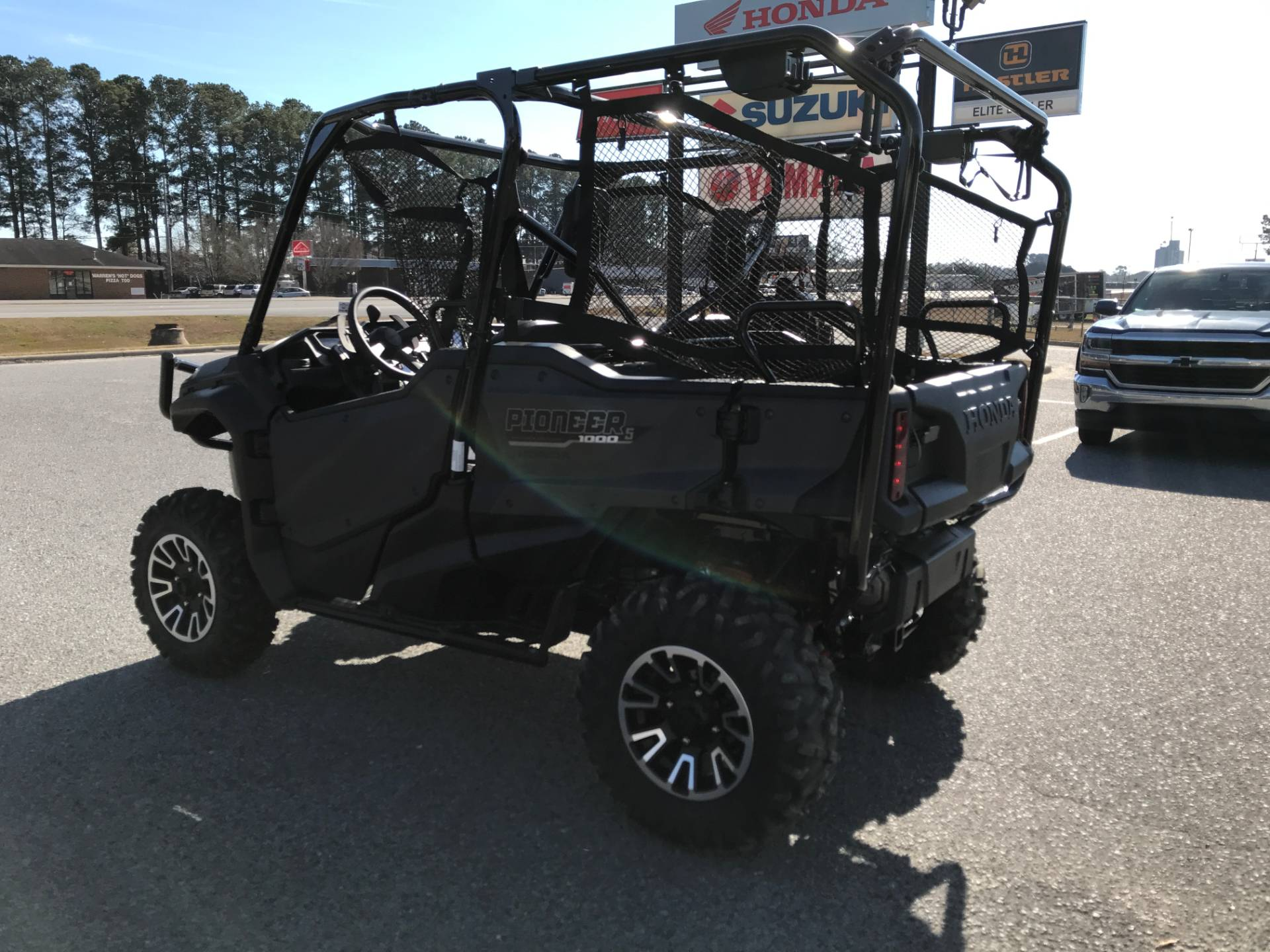 2018 Honda Pioneer 1000-5 LE in Greenville, North Carolina - Photo 9